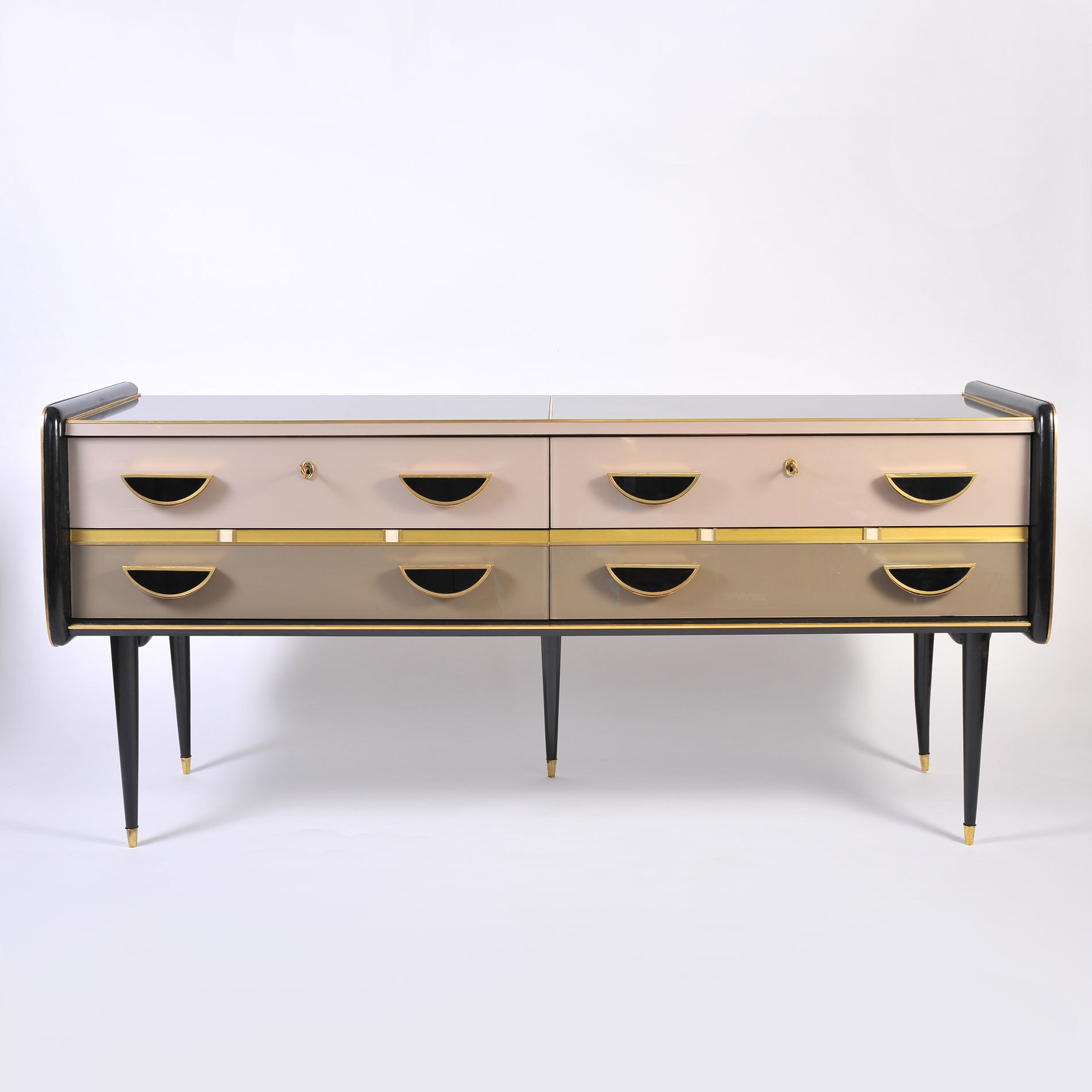 1950S Italian Pinkblack Chest 01