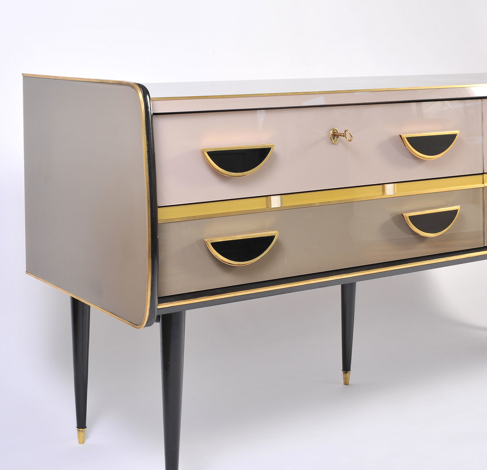 1950S Italian Pinkblack Chest 02