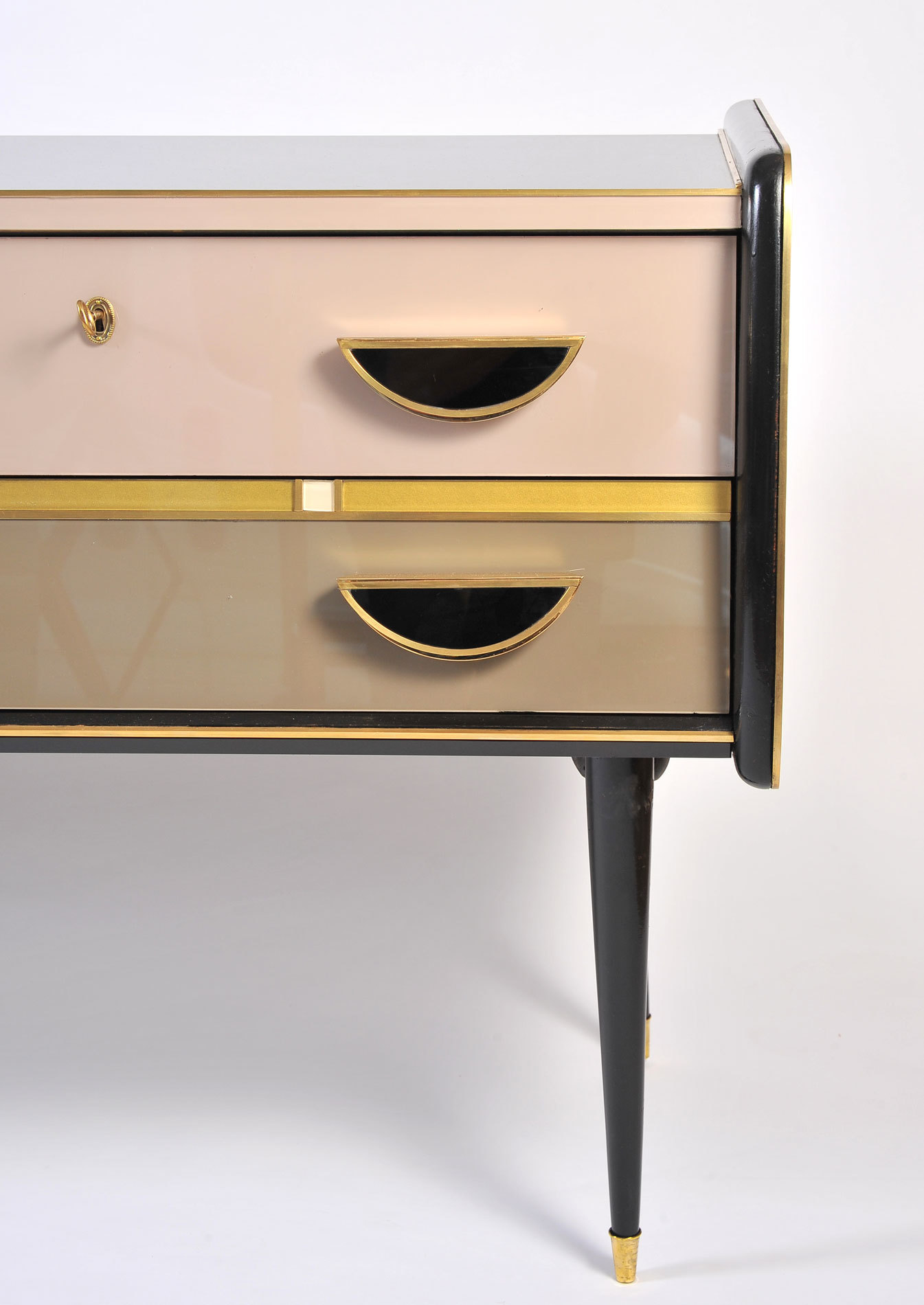 1950S Italian Pinkblack Chest 05