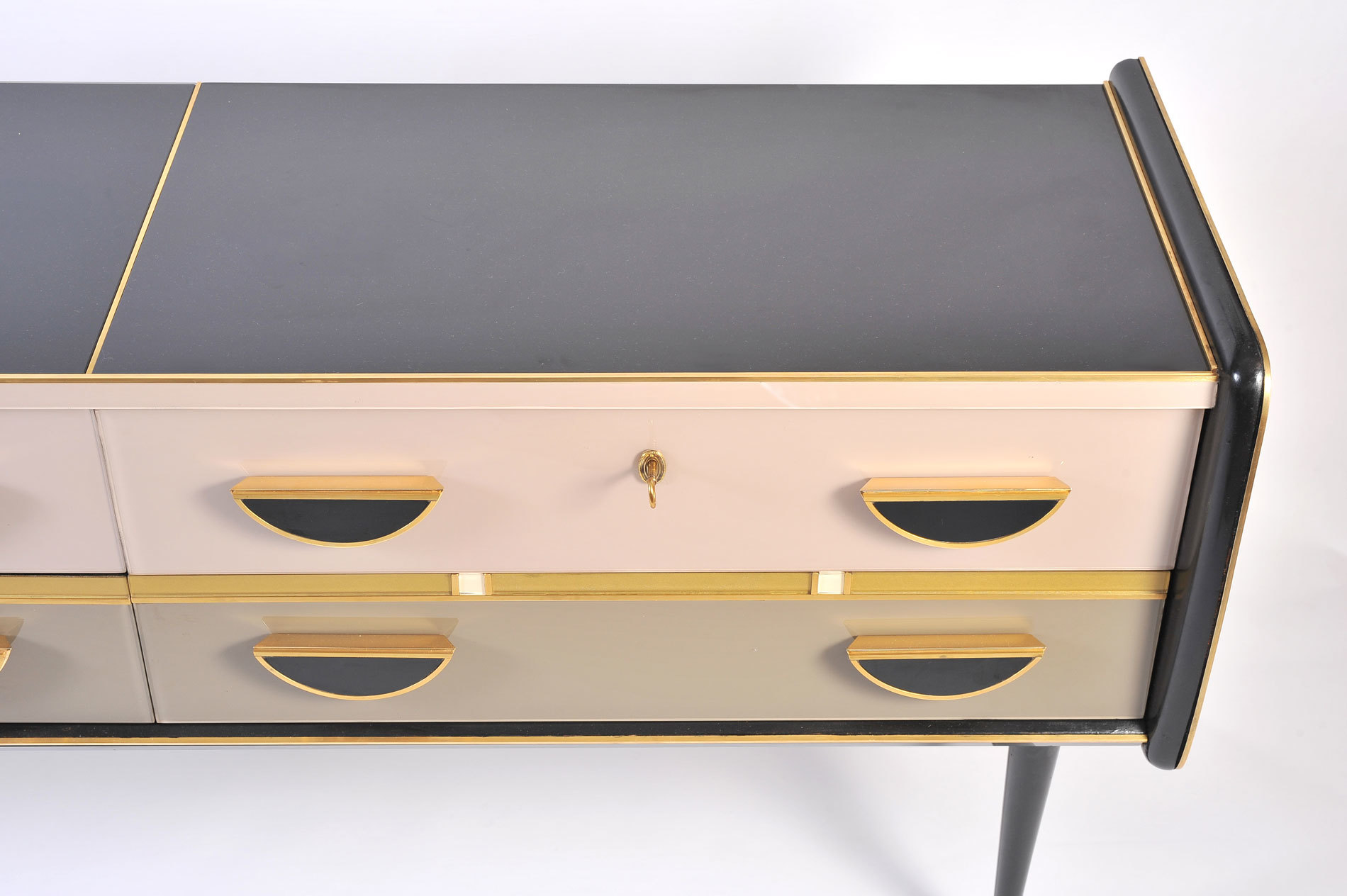 1950S Italian Pinkblack Chest 06