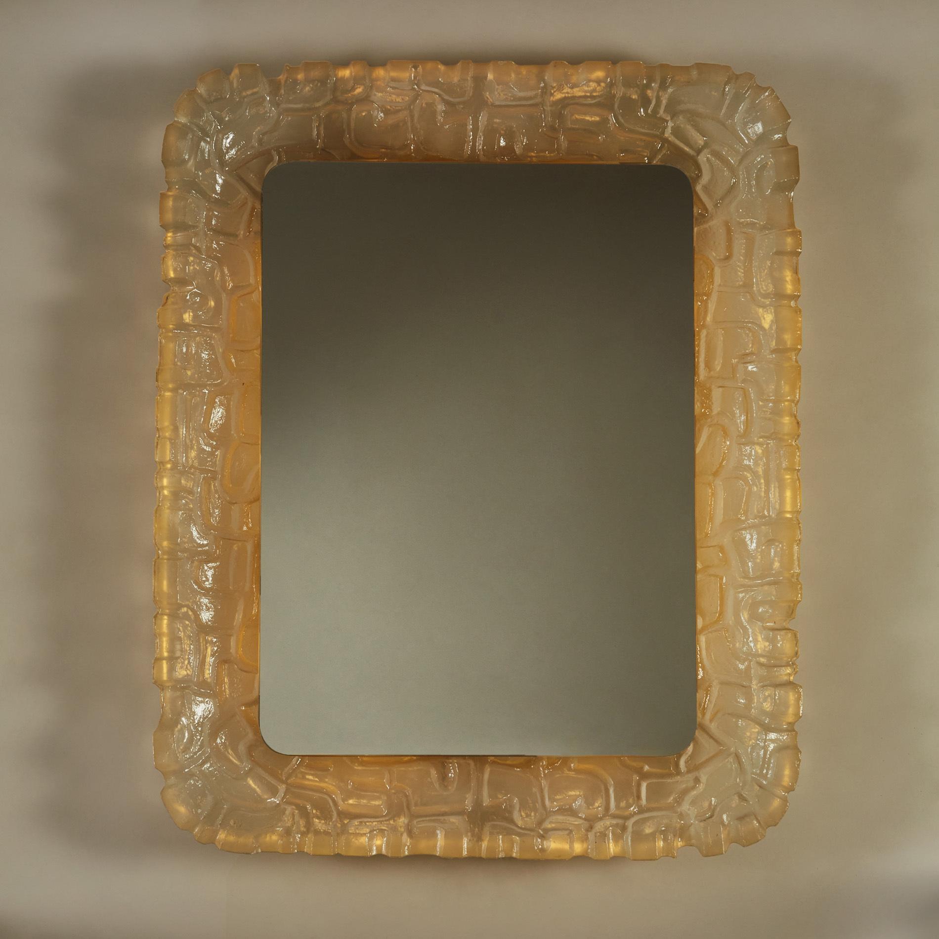 Resin Back Lit Mirror 260 V1