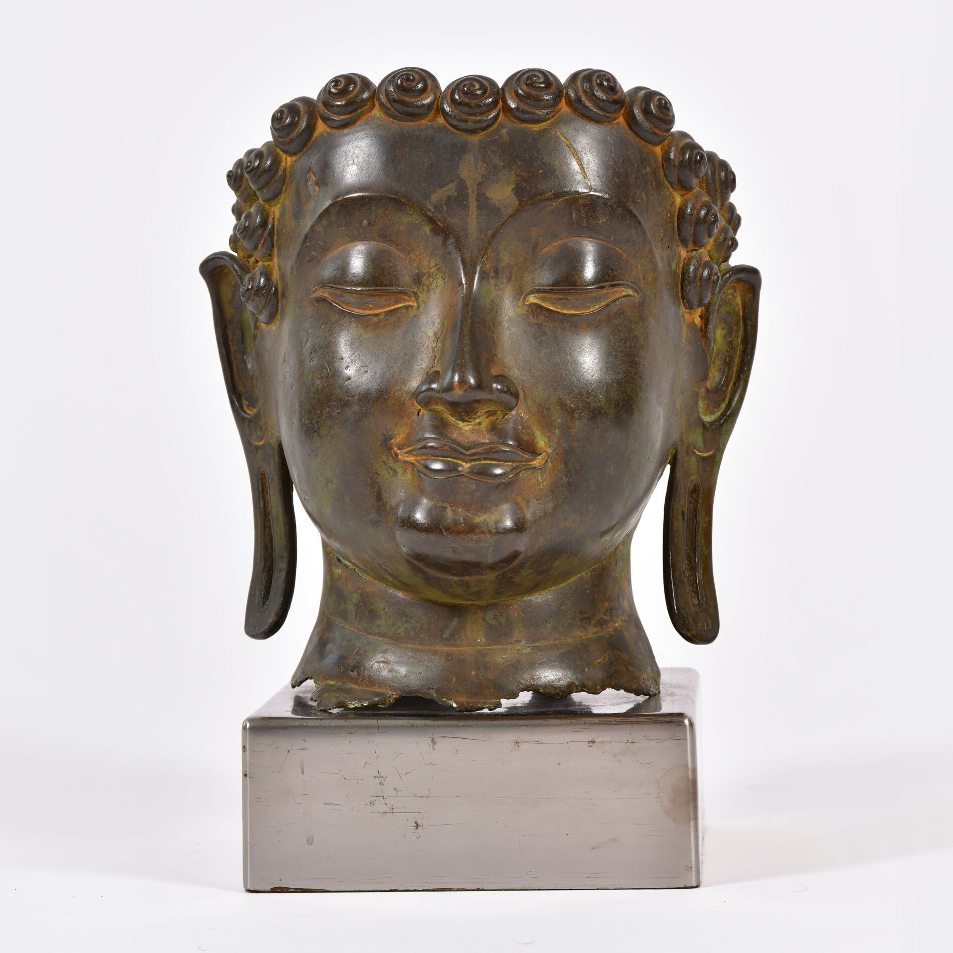 20th Century Bronze Buddha Head 01