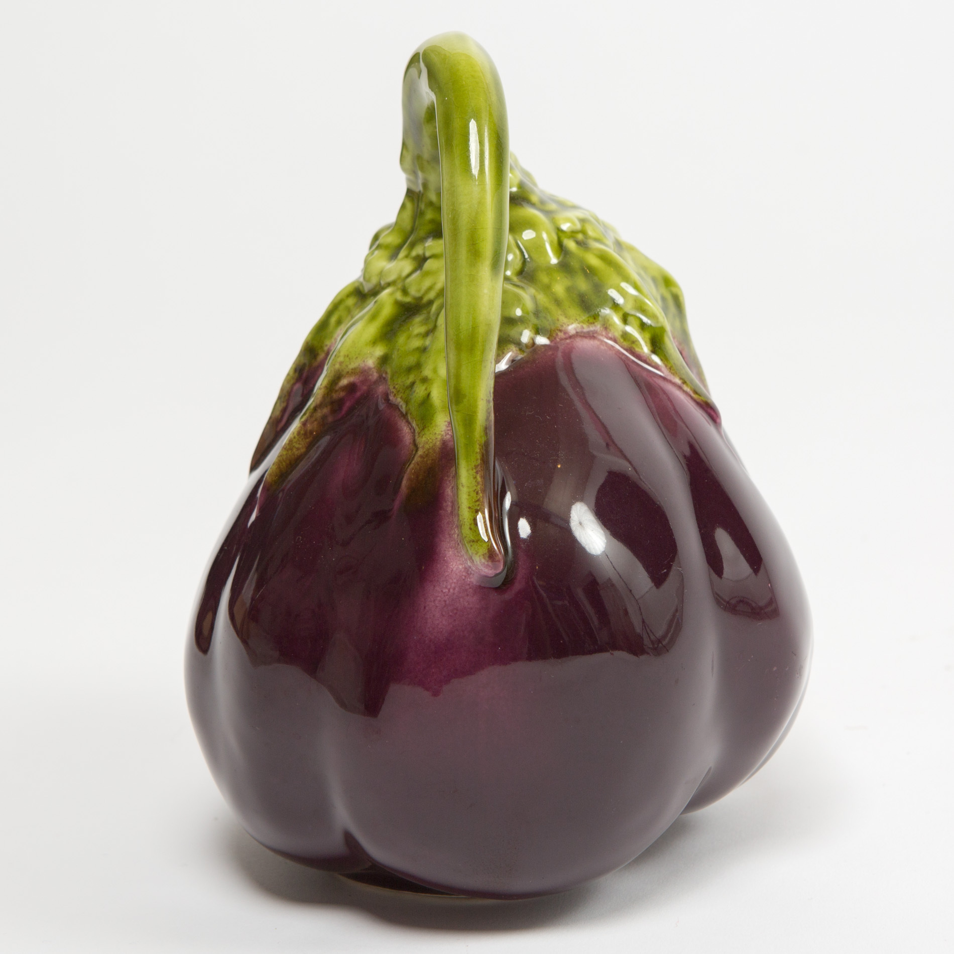 The image for Aubergine Jug00002
