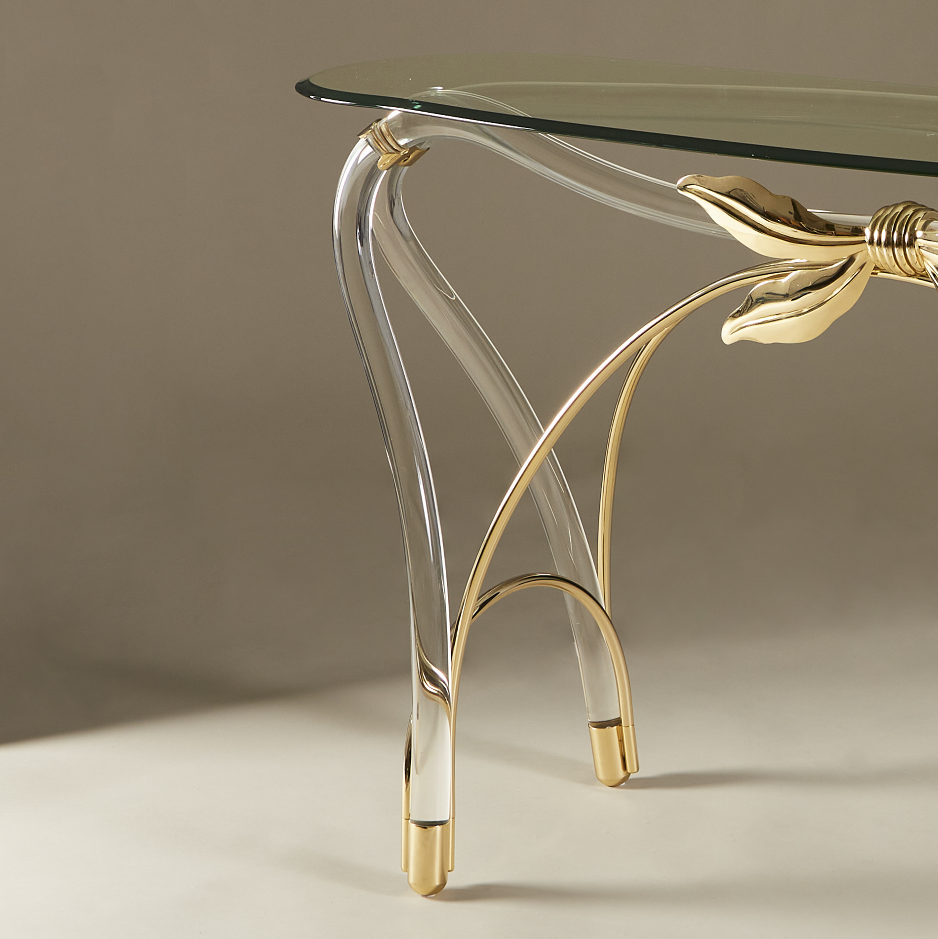 Bow Glass Console 20210126 Valerie Wade 0229 V1
