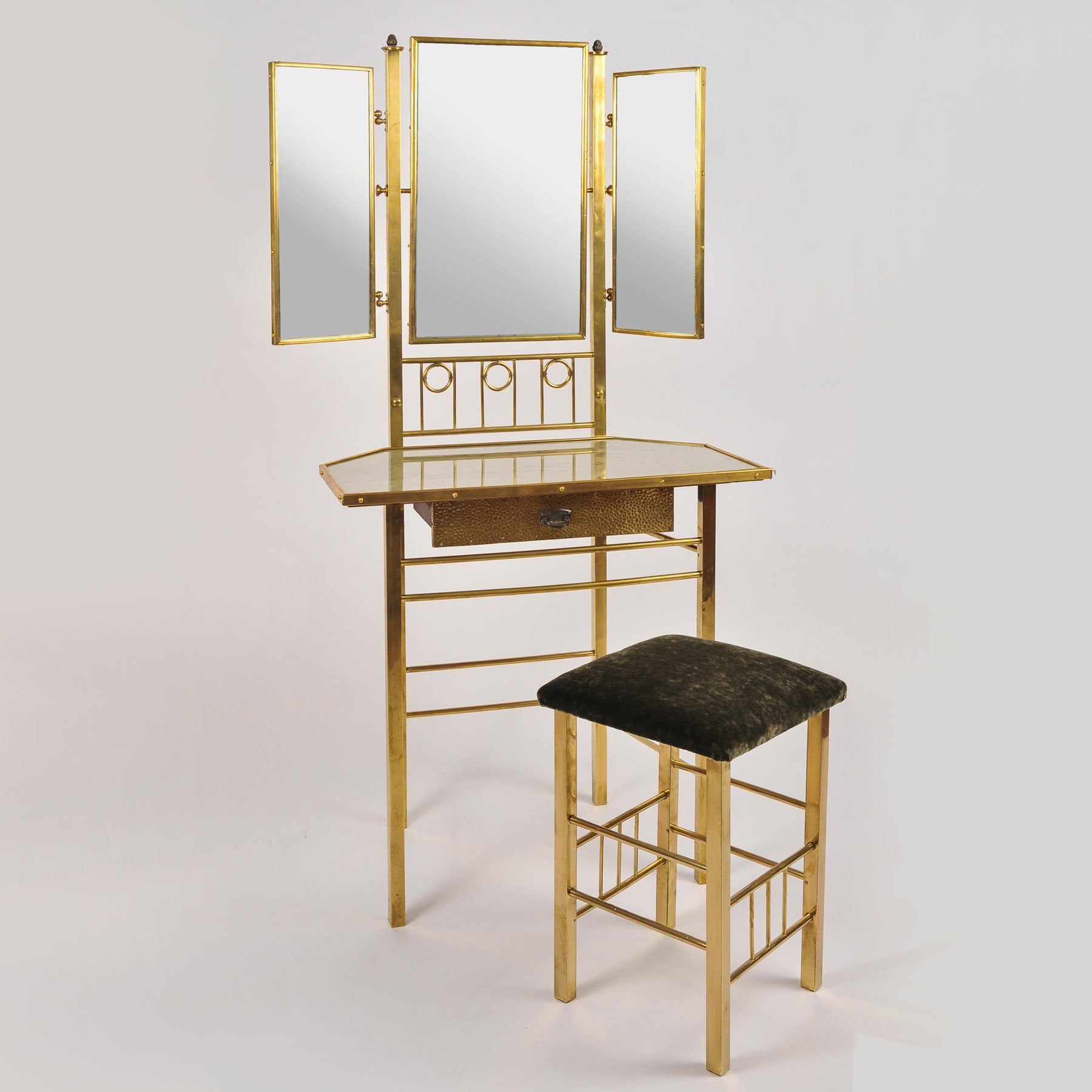 Brass Dressing Table And Stool 02 Vw