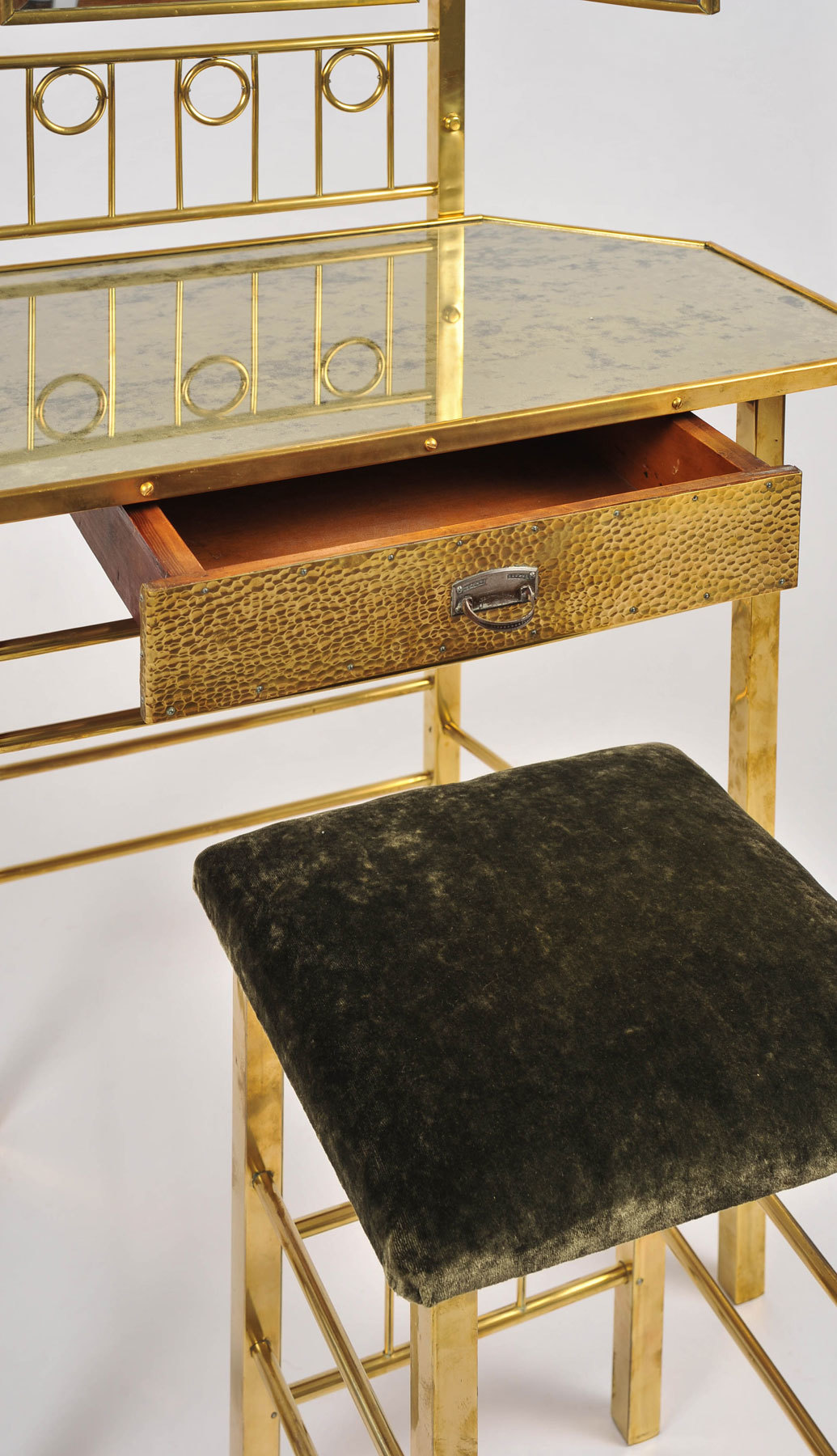 Brass Dressing Table And Stool 04 Vw