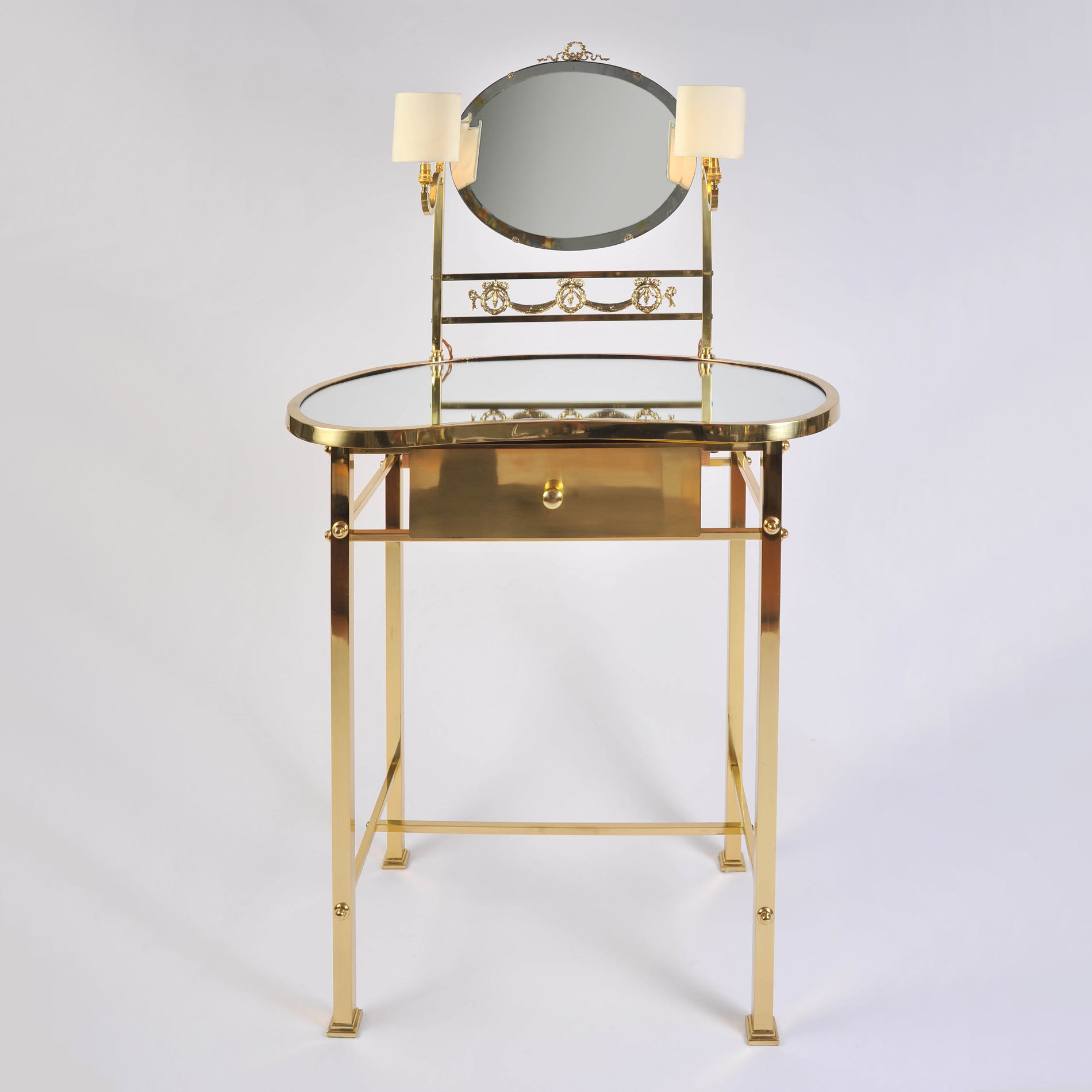 Brass Dressing Table Mirror Lights 01