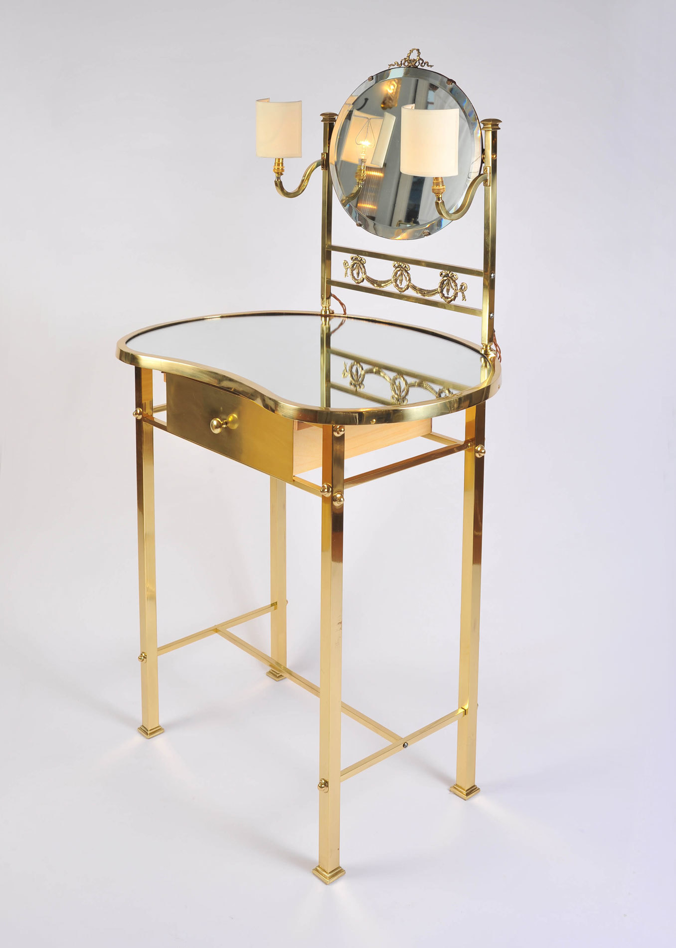 Brass Dressing Table Mirror Lights 02