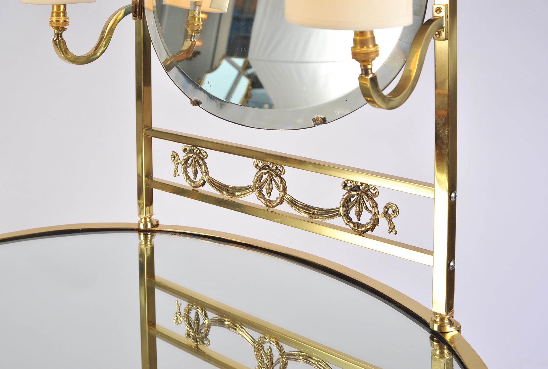 Brass Dressing Table Mirror Lights 06