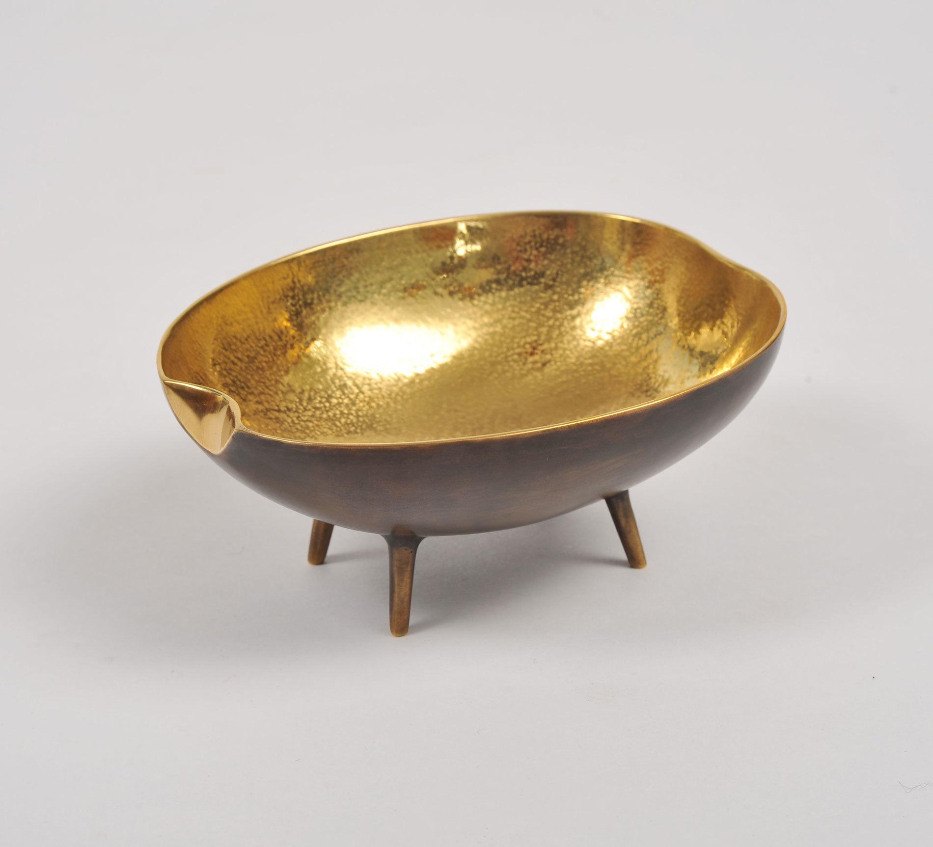 Brass Tripod Bowl 02