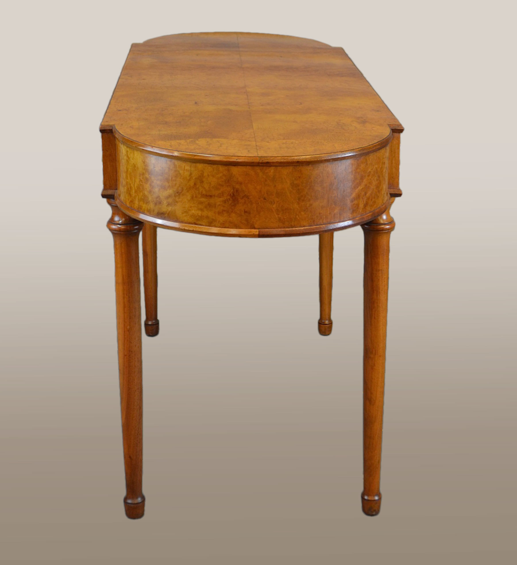Bur Walnut Dressing Table 03 Vw