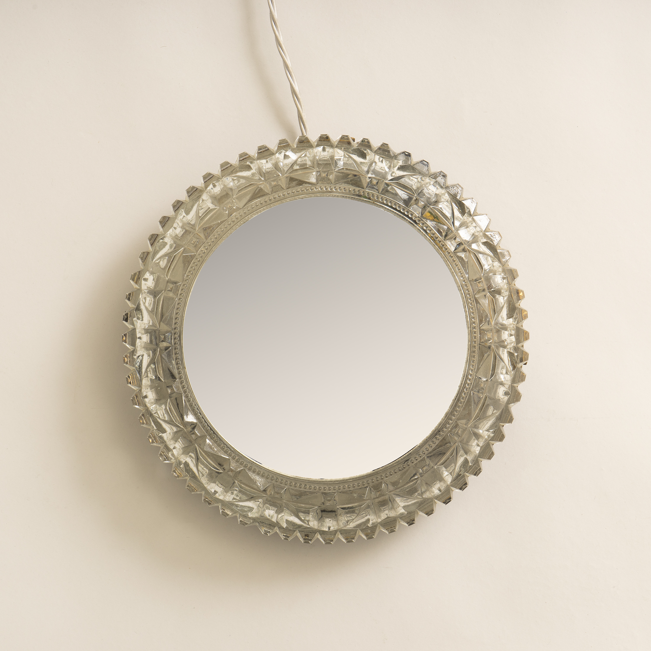 The image for Circular Backlit Mirror 0384