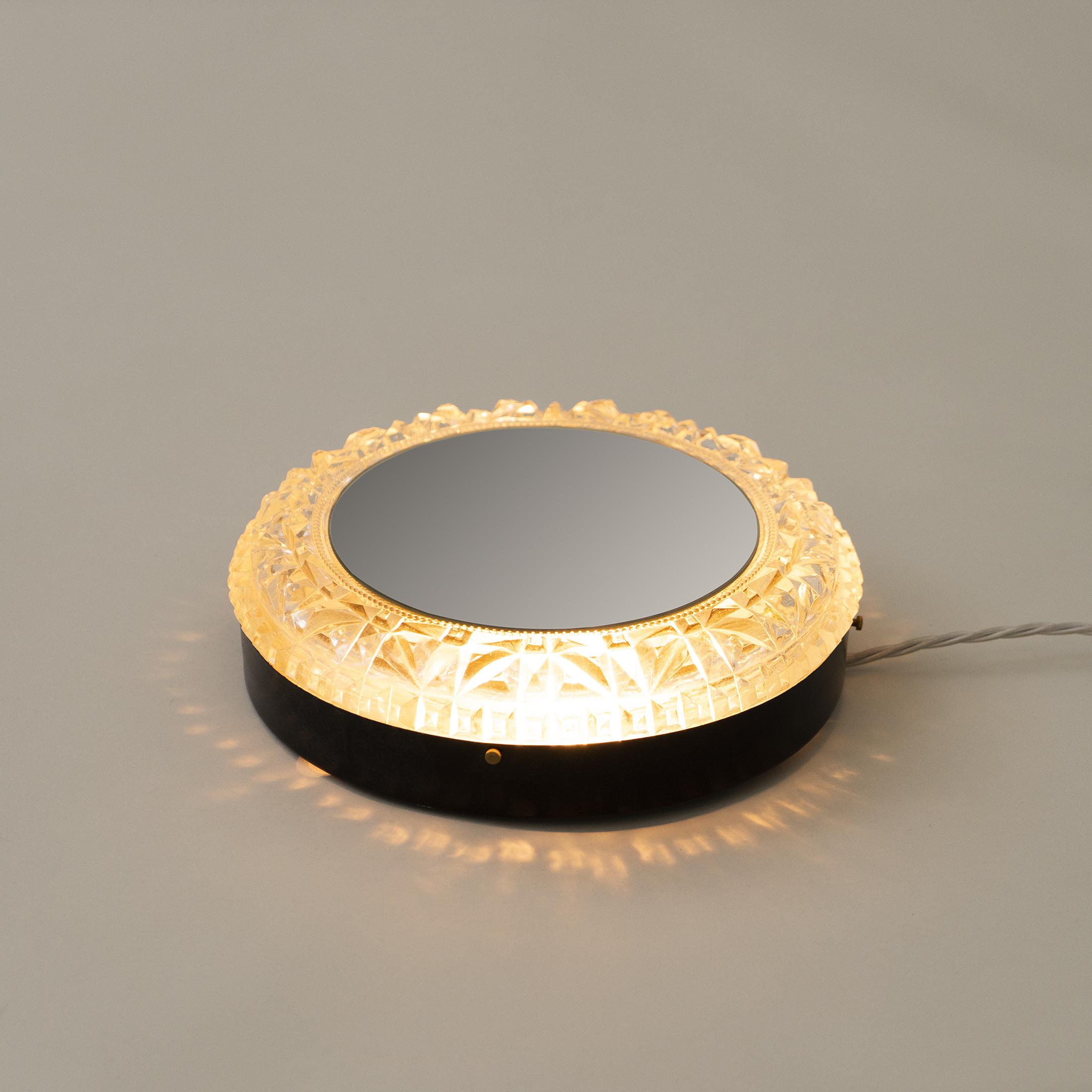Circular Backlit Mirror 0400