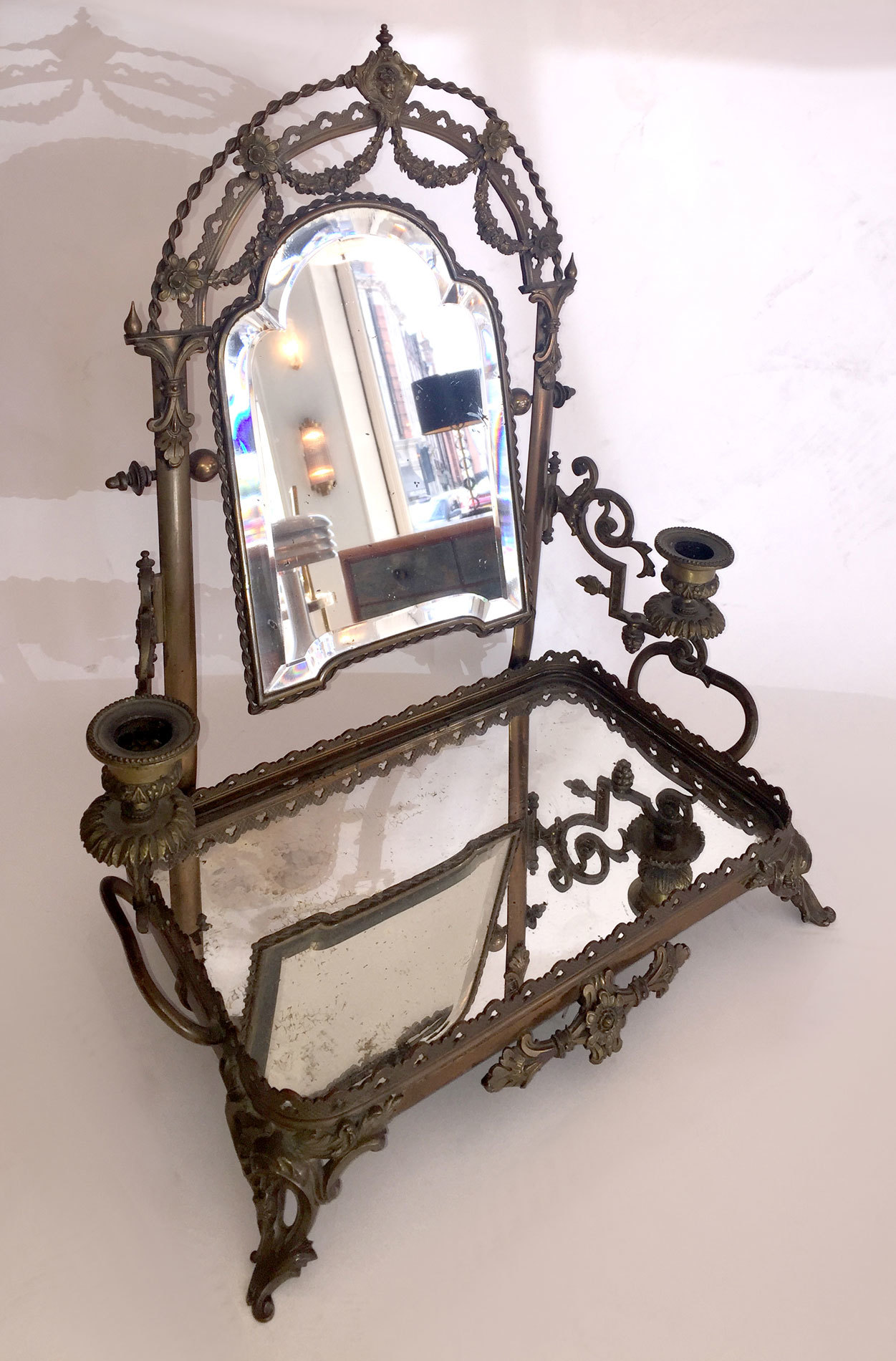 The image for Edwardian Table Mirror 02 Vw