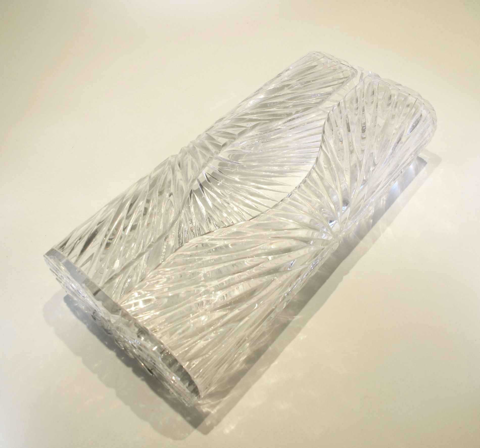 Faceted Tissue Box 02