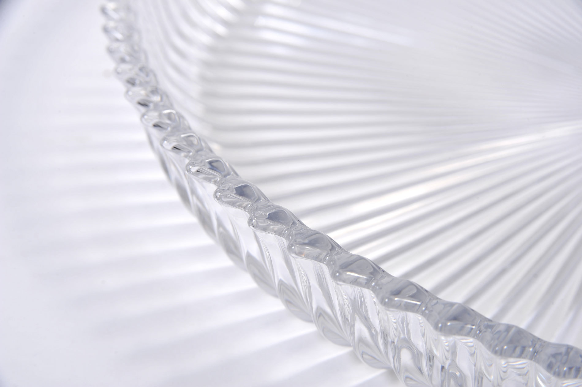 Fluted Glass Circular Tray 05