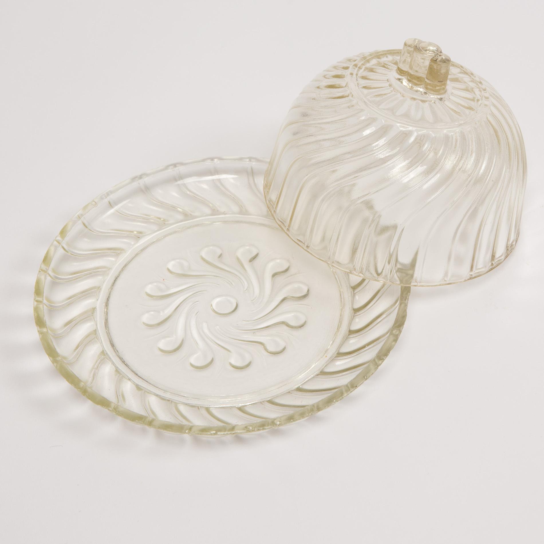 Glass Cheese Dish00003