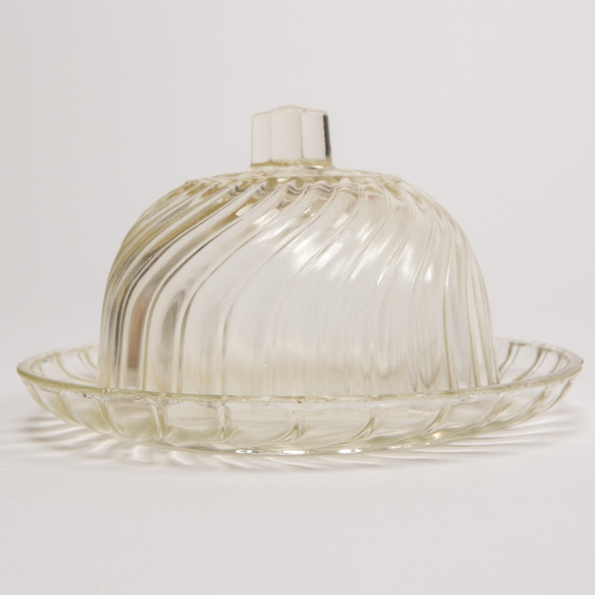 Glass Cheese Dish00005