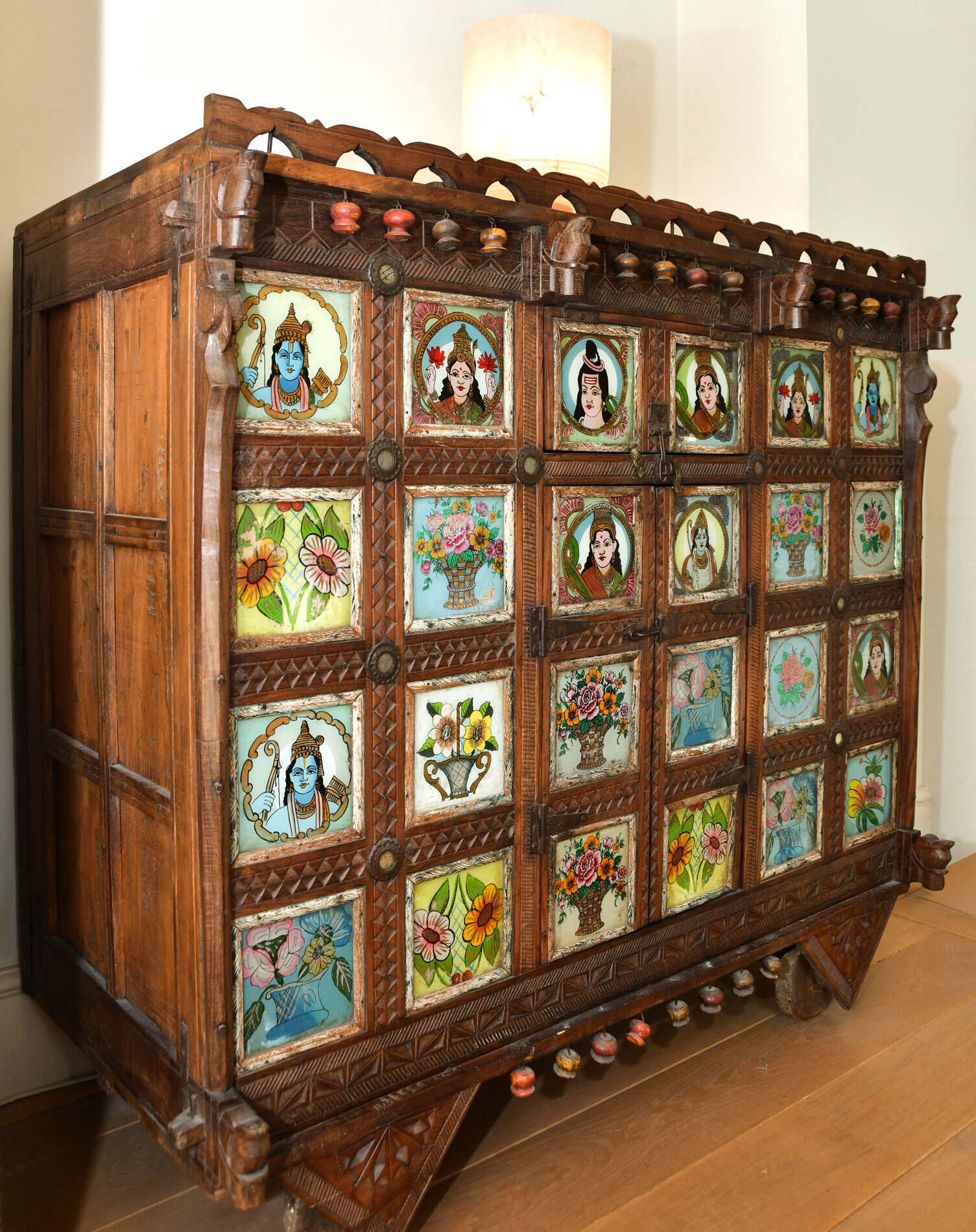 Indian Dowry Chest 02
