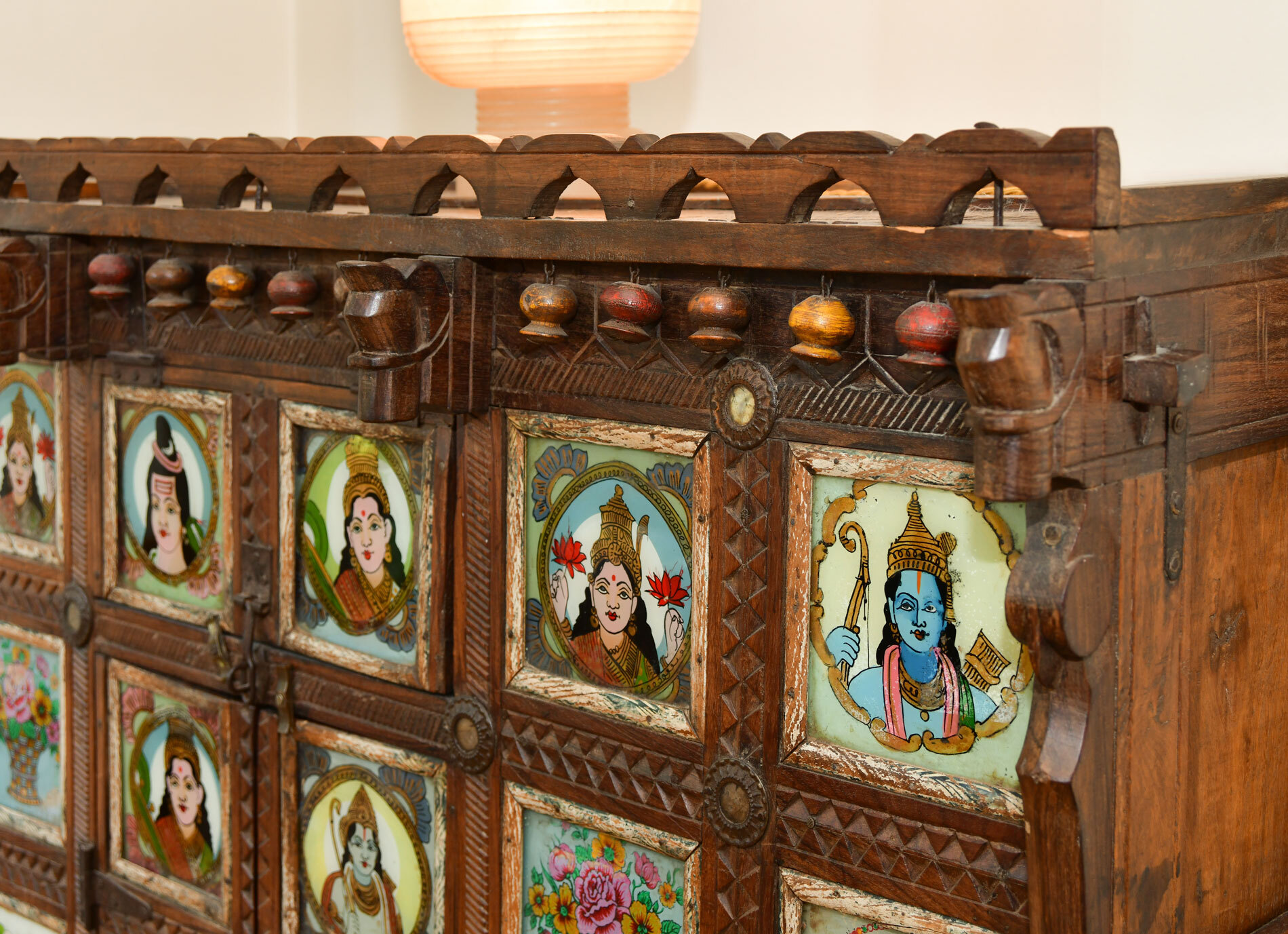 Indian Dowry Chest 04