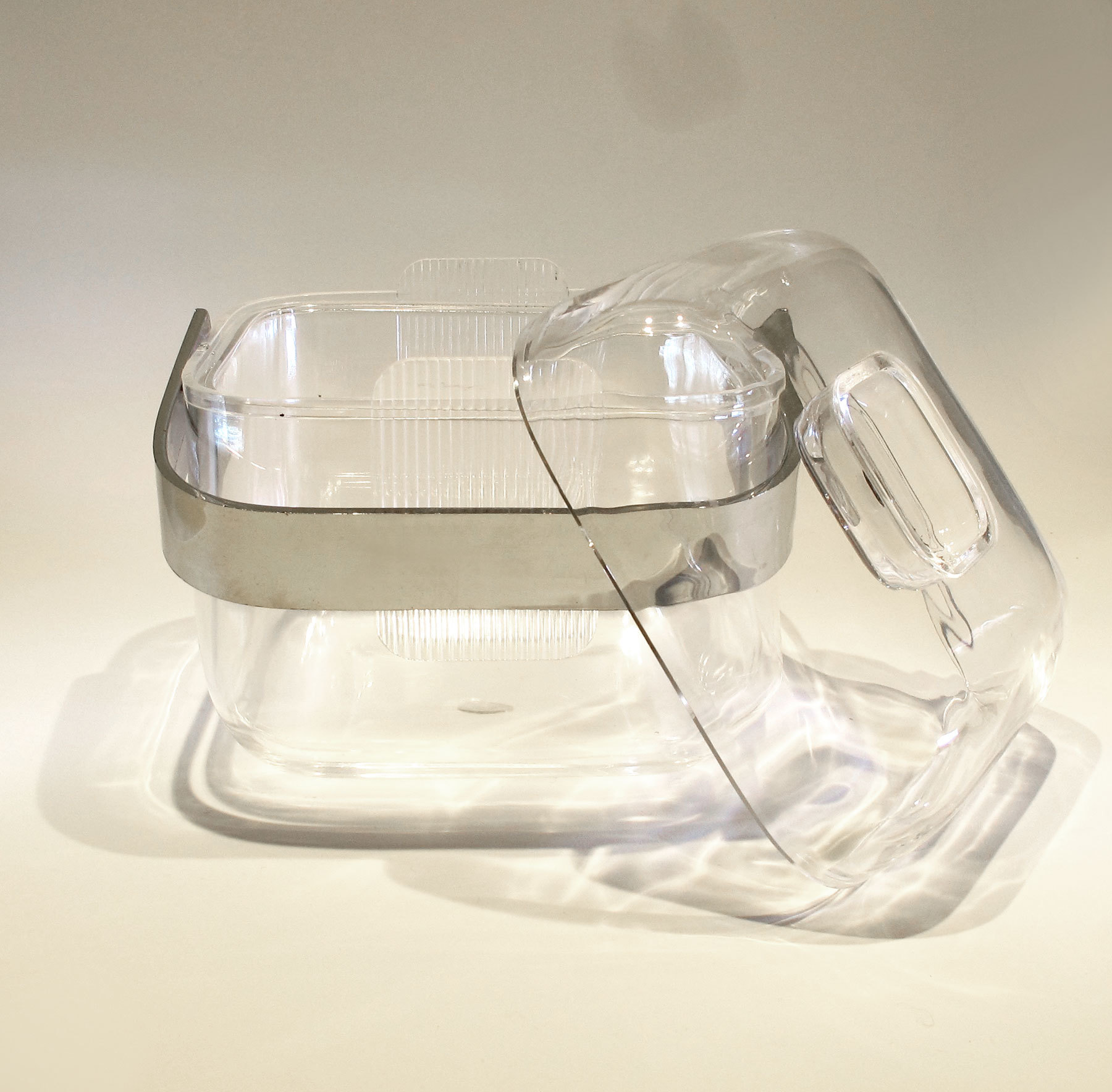 The image for Lucite Cube Ice Bucket 03