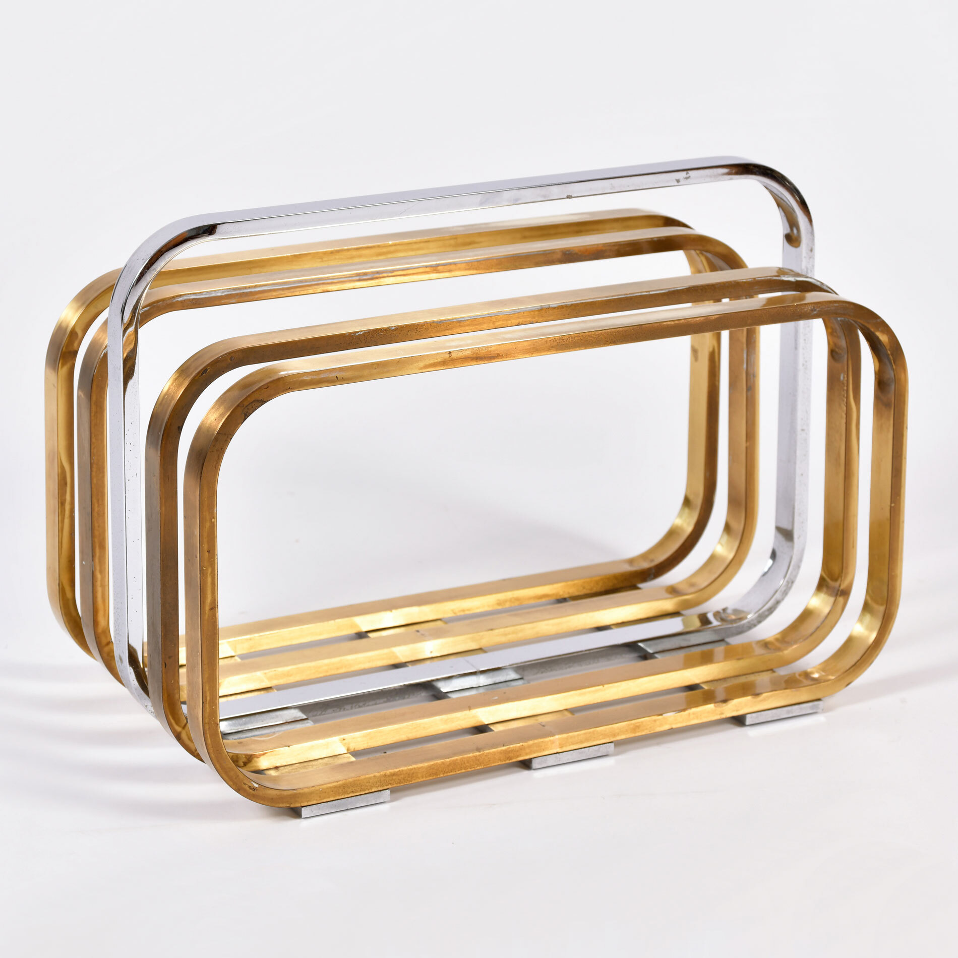 Magazine Rack By Romeo Rega 01