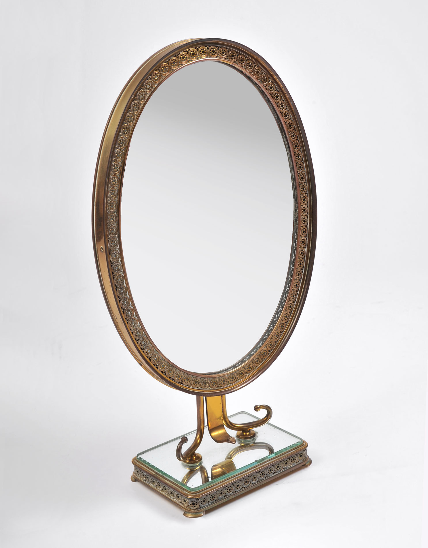 Oval Filligree Mirror 02