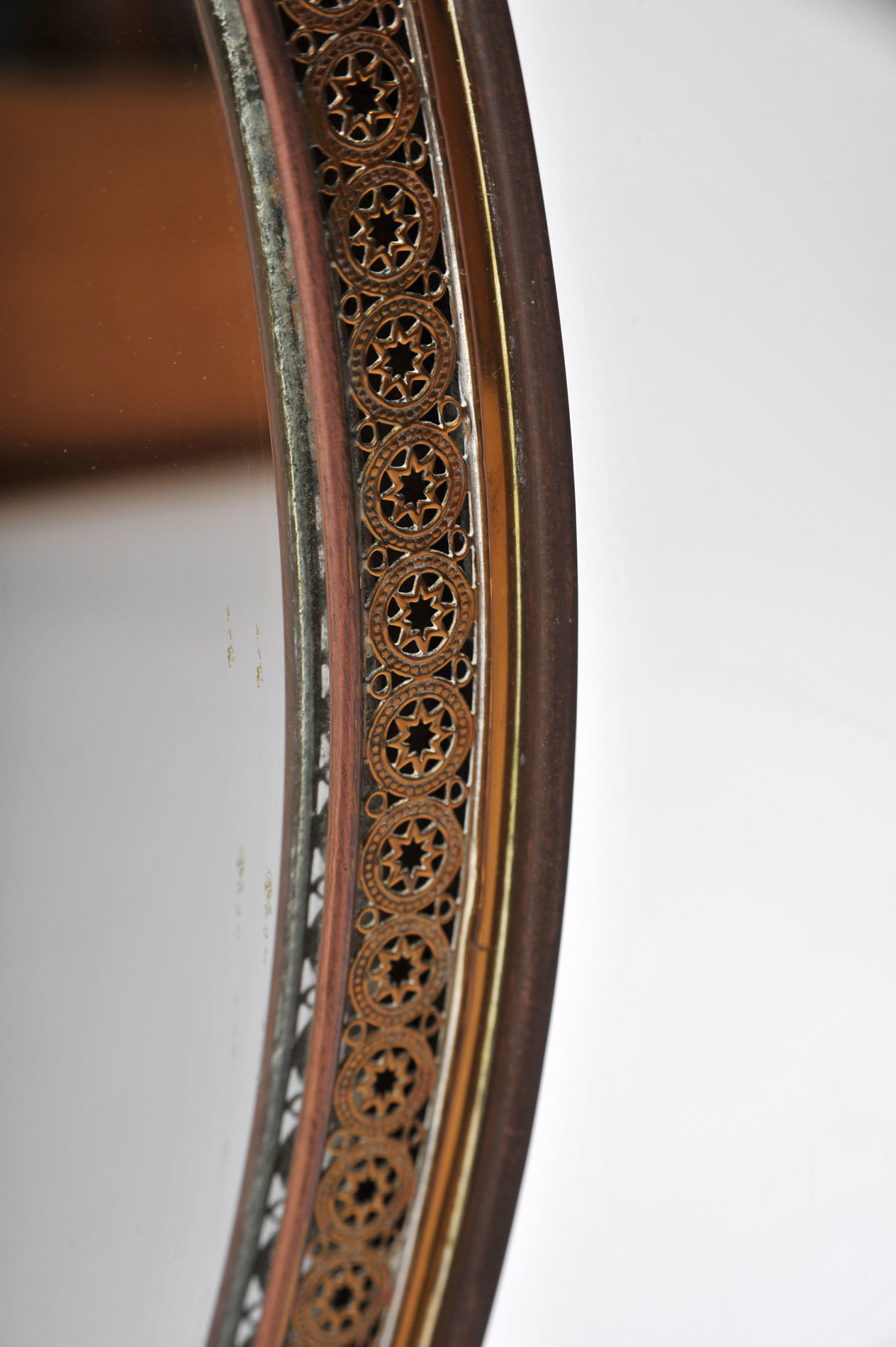 Oval Filligree Mirror 05