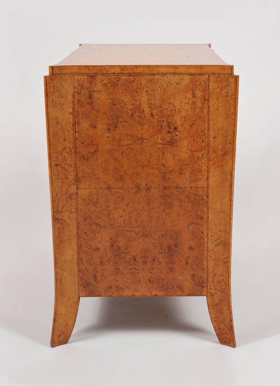 Pair Burr Walnut Bedside Tables 03 Vw