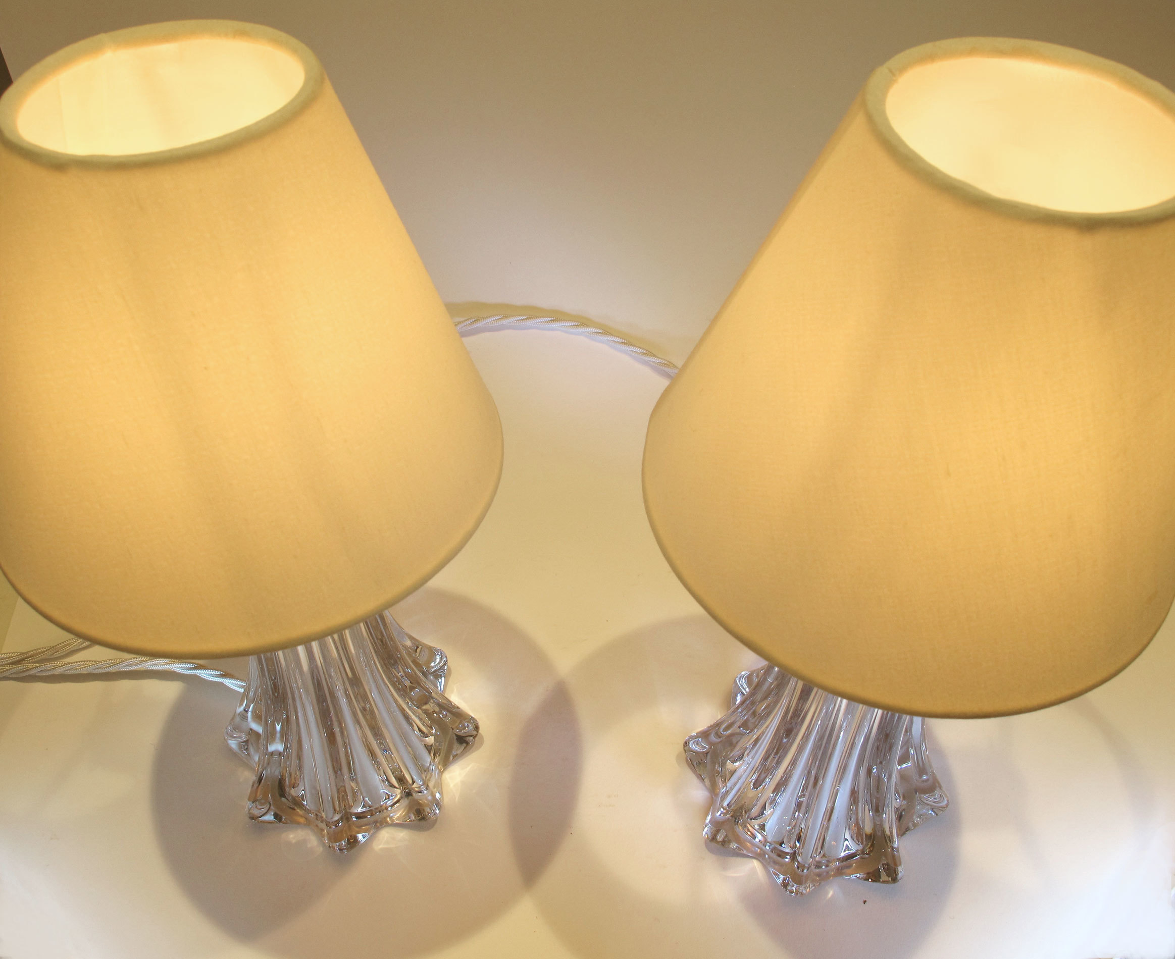 Pair Clear Val St Lamps 03