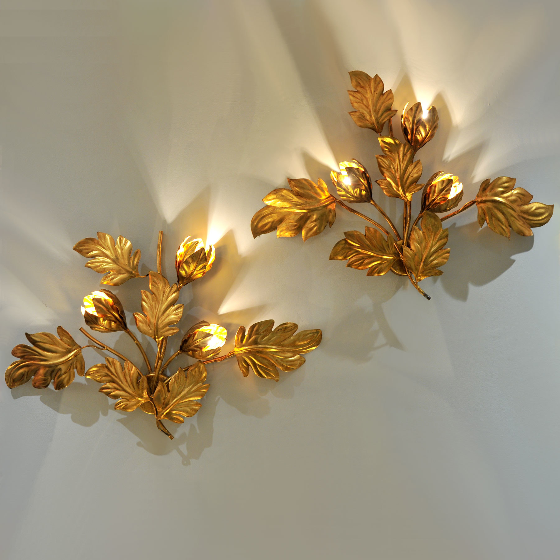 Pair Gilded Peonie Wall Lights 01 Vw