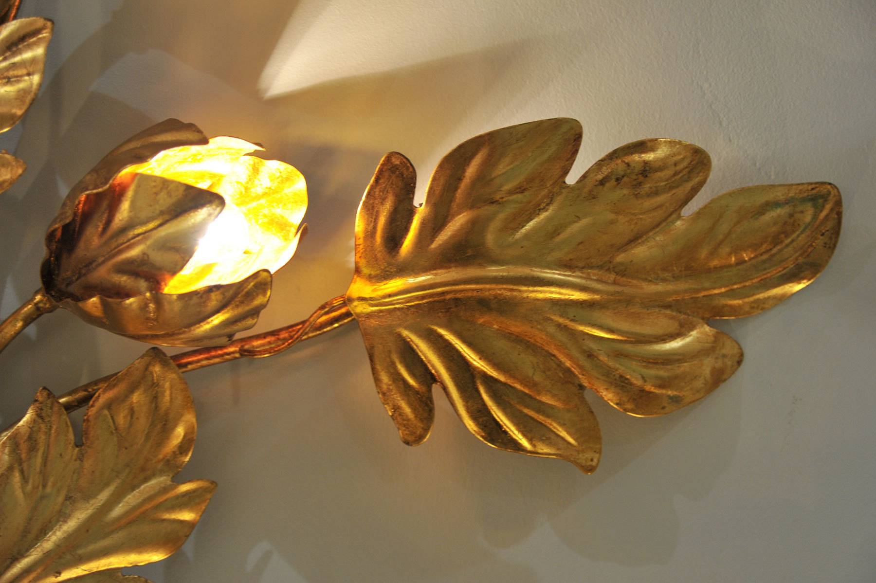 Pair Gilded Peonie Wall Lights 04 Vw