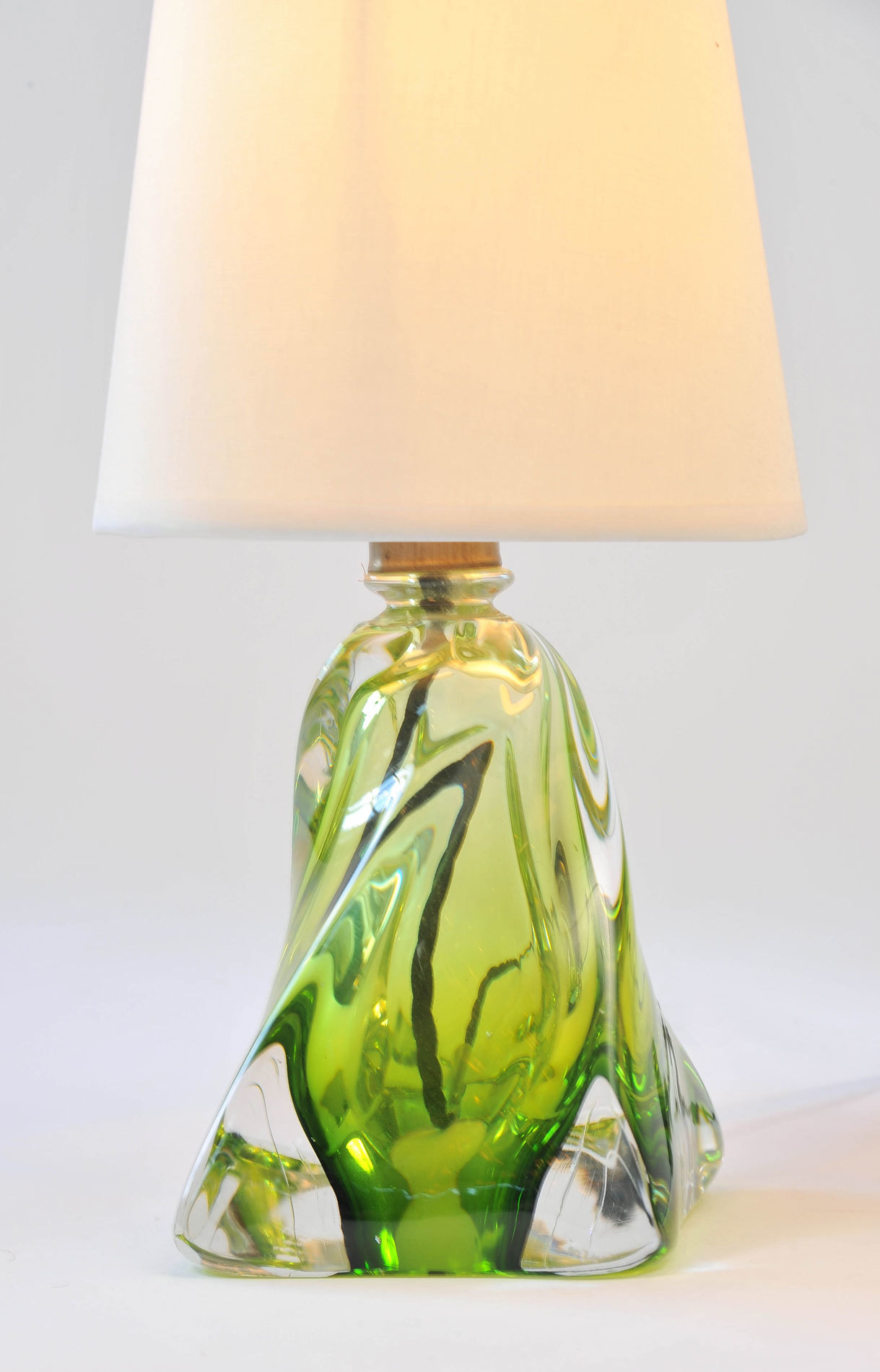 Pair Green Glasss Lamps 03