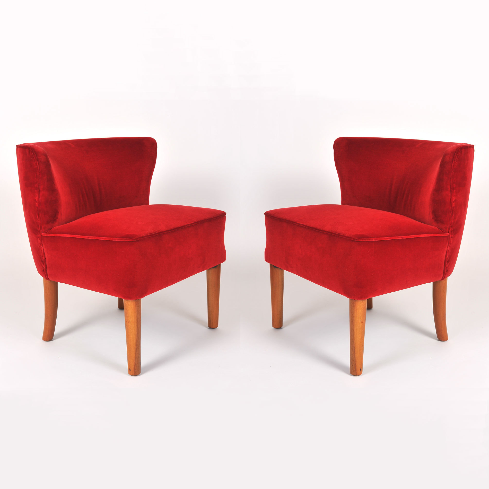 Pair Red Velvet Chairs 01