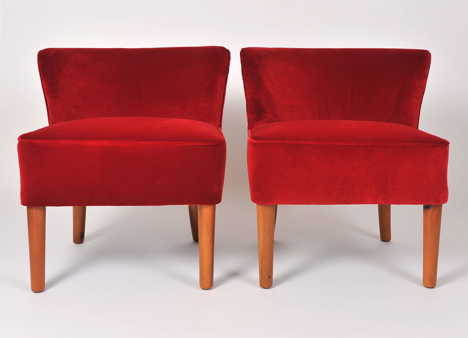 Pair Red Velvet Chairs 02