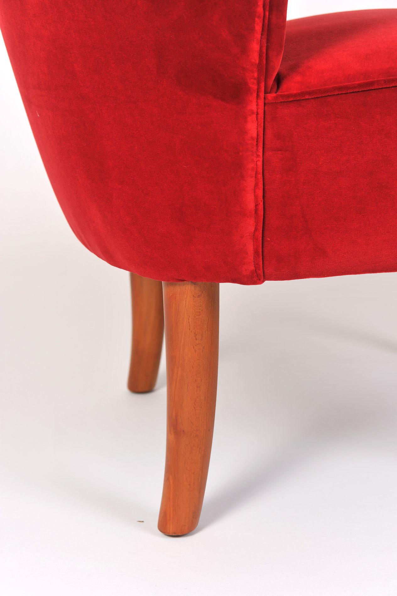 Pair Red Velvet Chairs 06