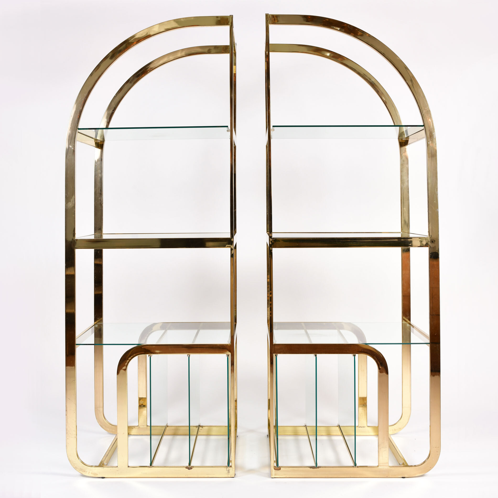 Pair Us Brass Display Shelves 01