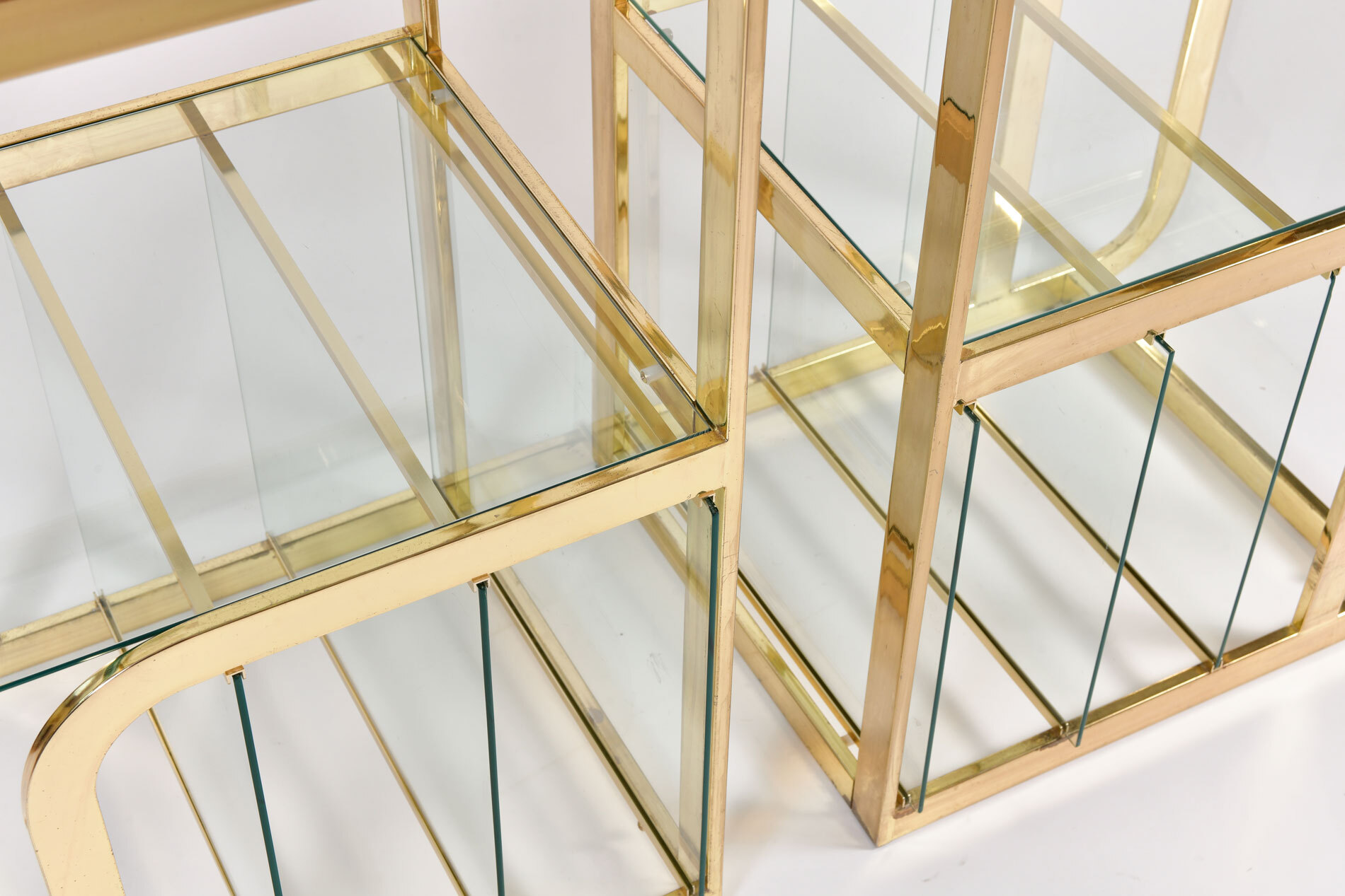 Pair Us Brass Display Shelves 05