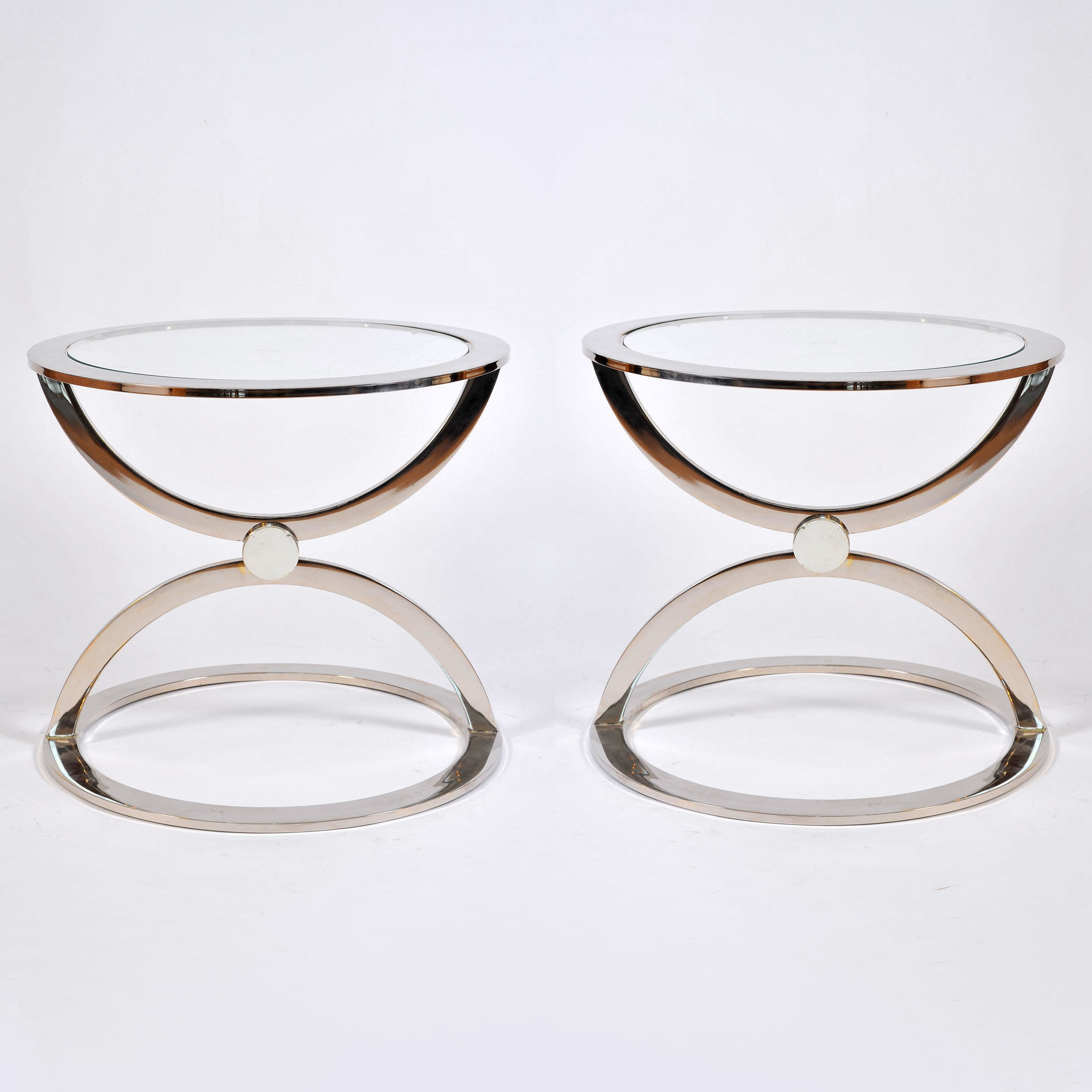 The image for Pair Us Chrome Circular Sidetables 01
