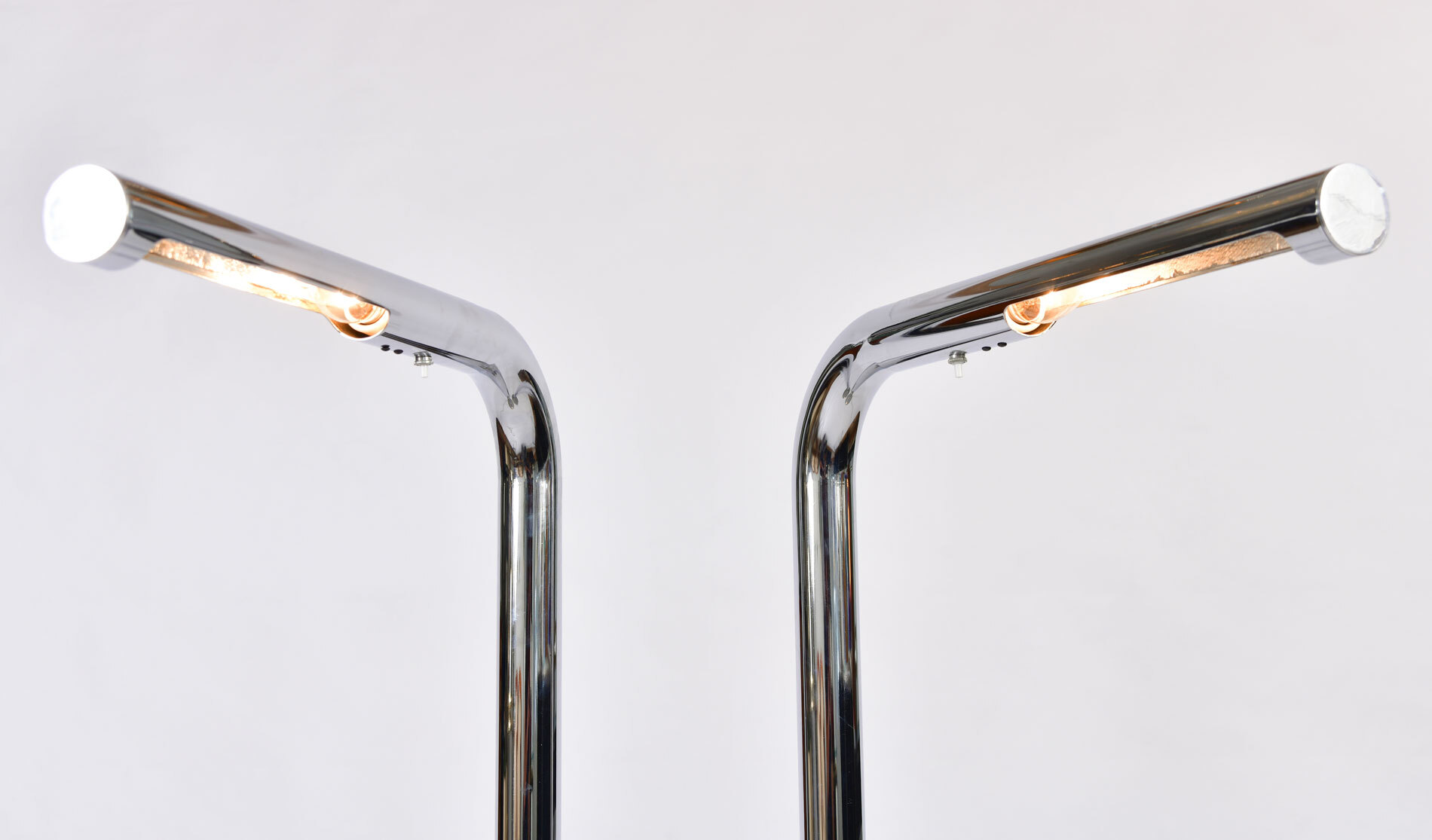 The image for Pair Us Chrome Standard Lights 03