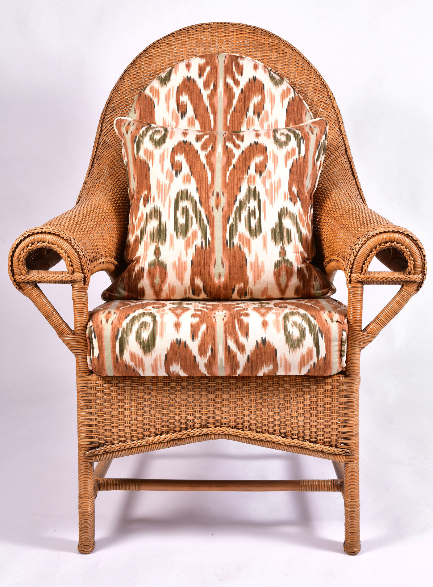 The image for Pair Us Wicker Armchairs 02