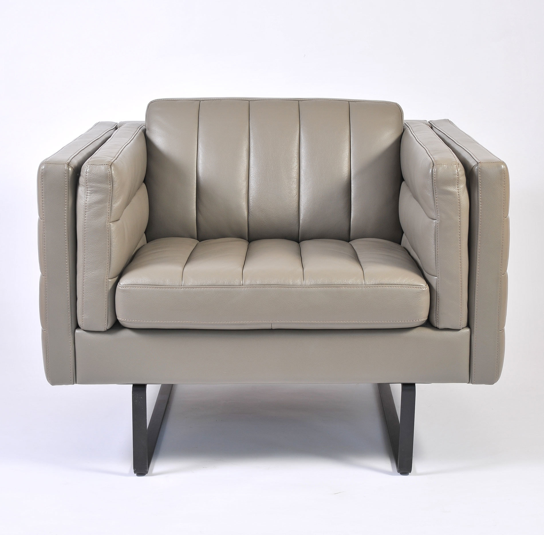 Pair Grey Leather Armchairs 03