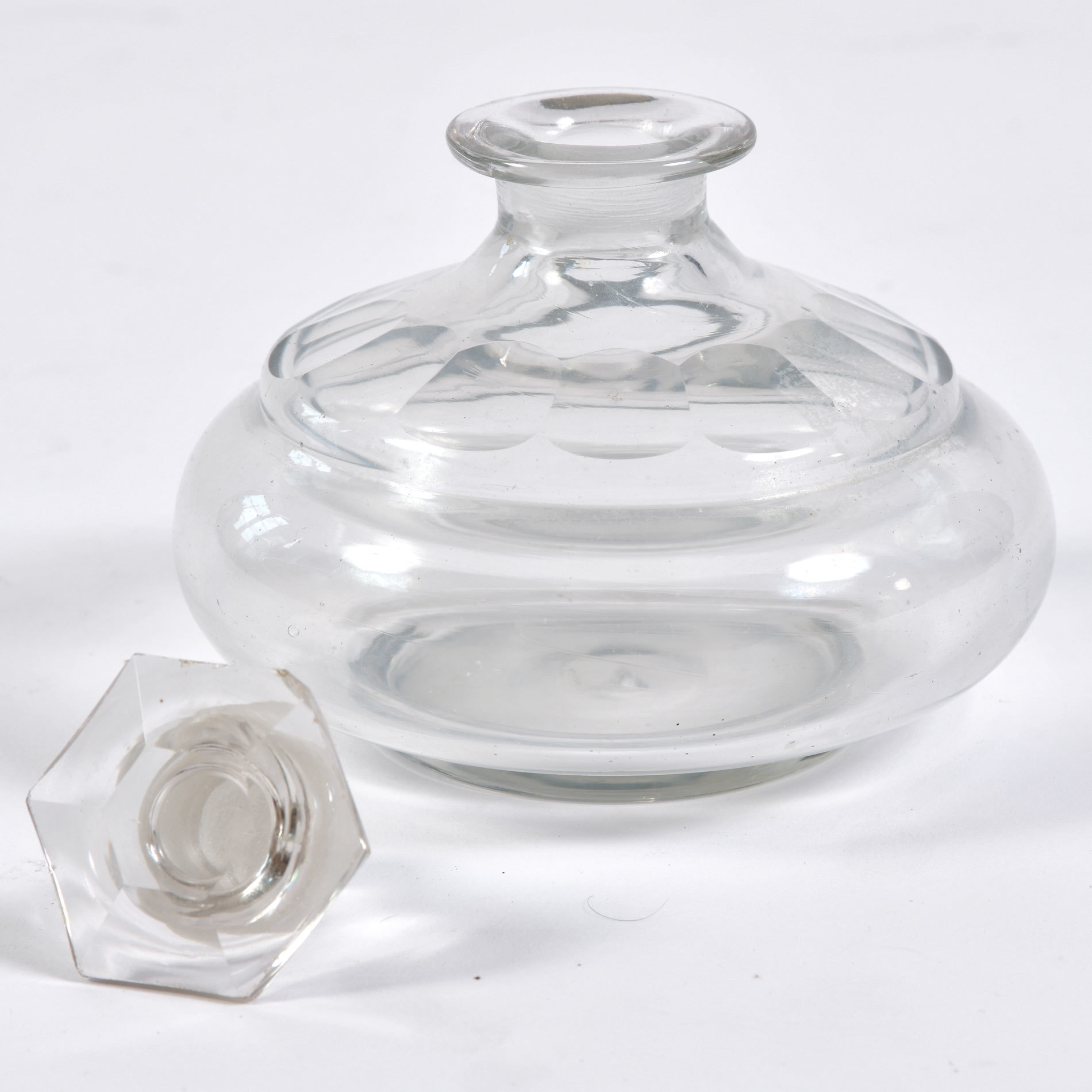 The image for Perfume Bottle 02