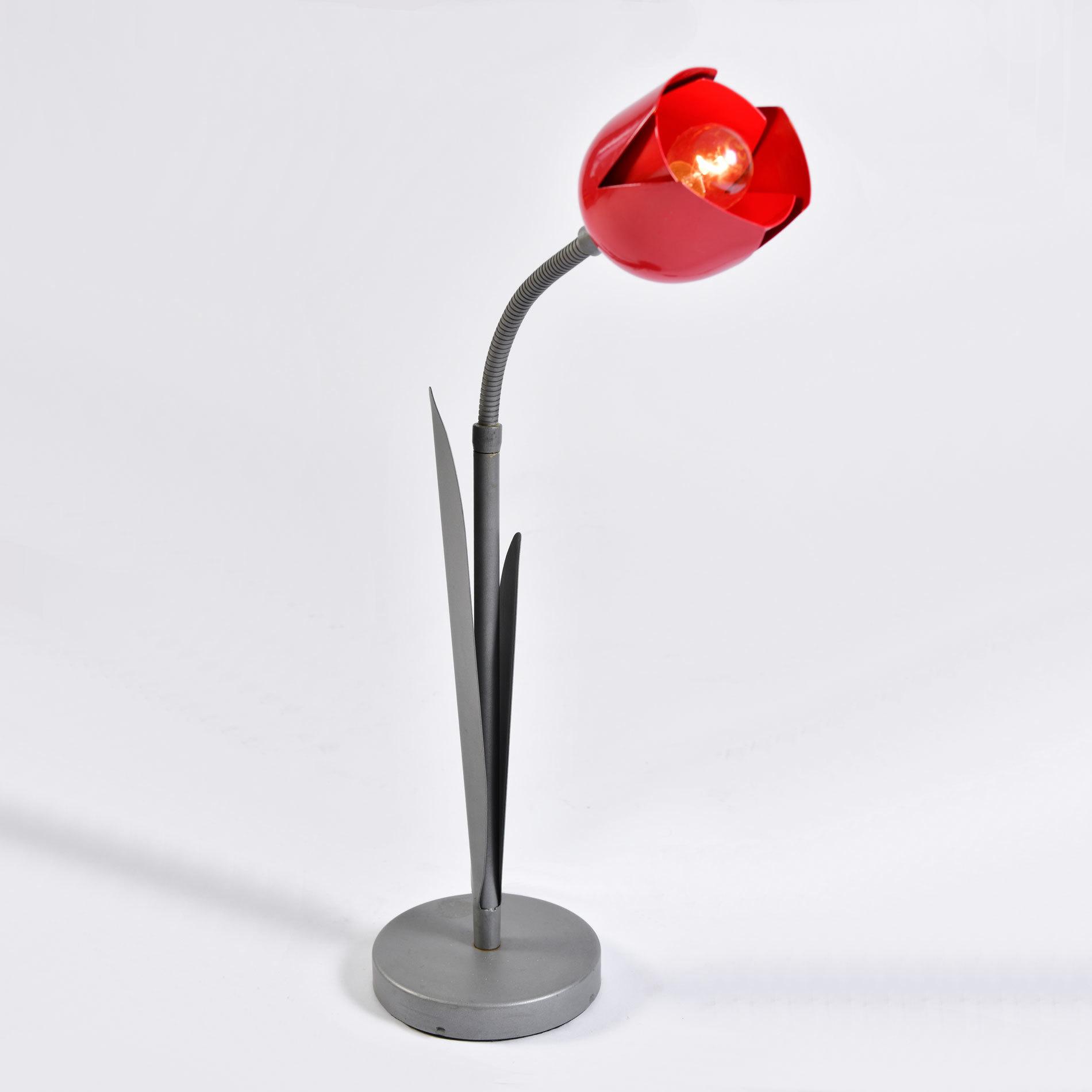 Peter Bliss Tulip Lamp 01