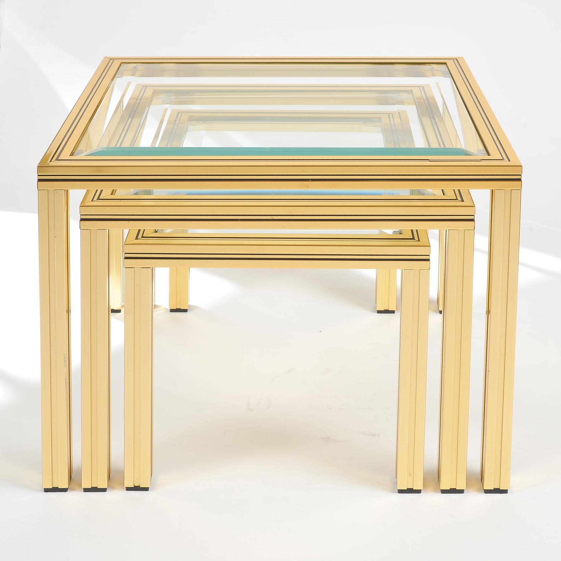 Nest of tables by Pierre Vandel