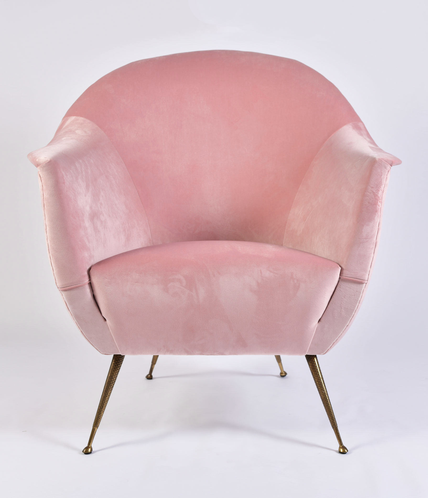 Pink Velvet Armchairs And Pouf 03
