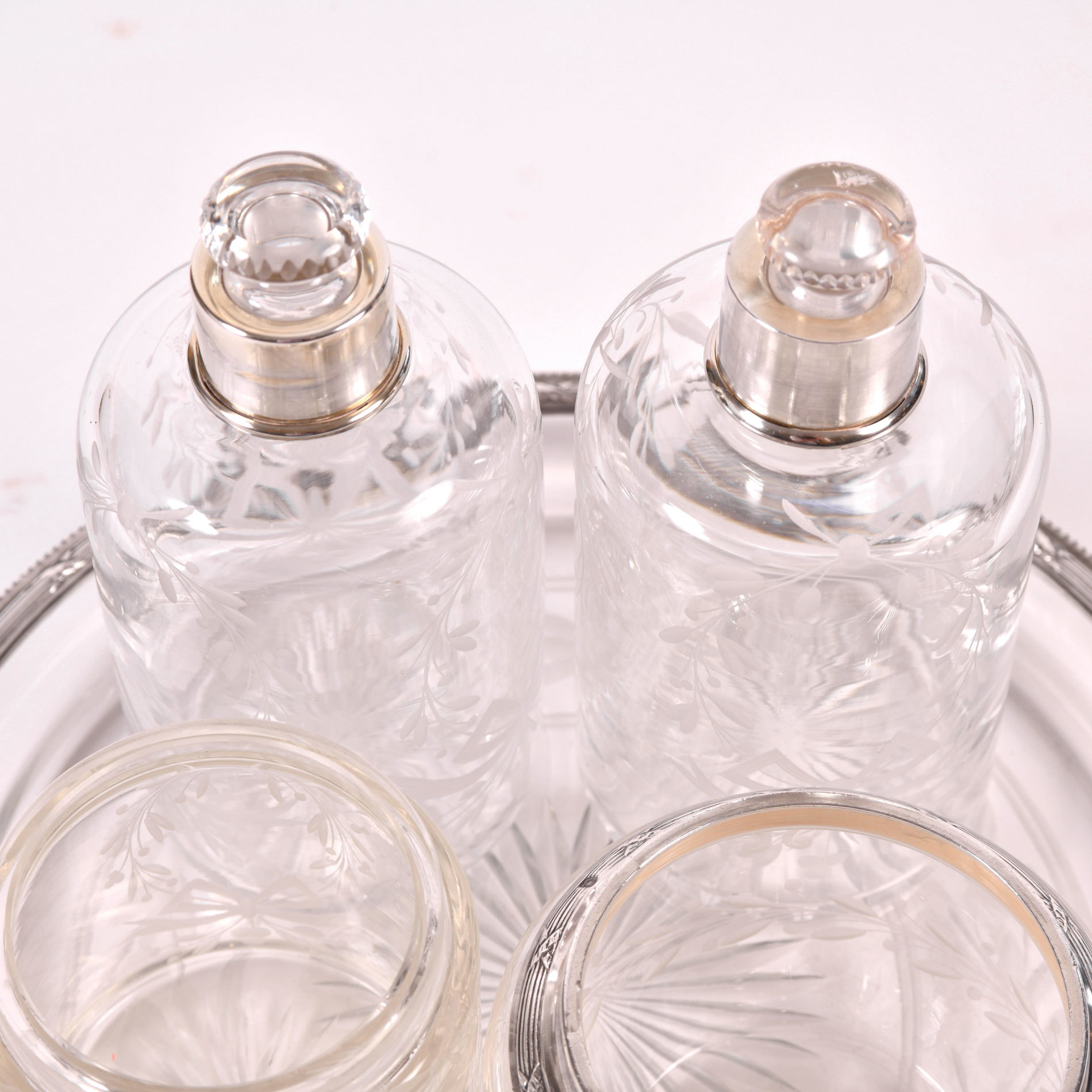 Scent Bottle Set 02