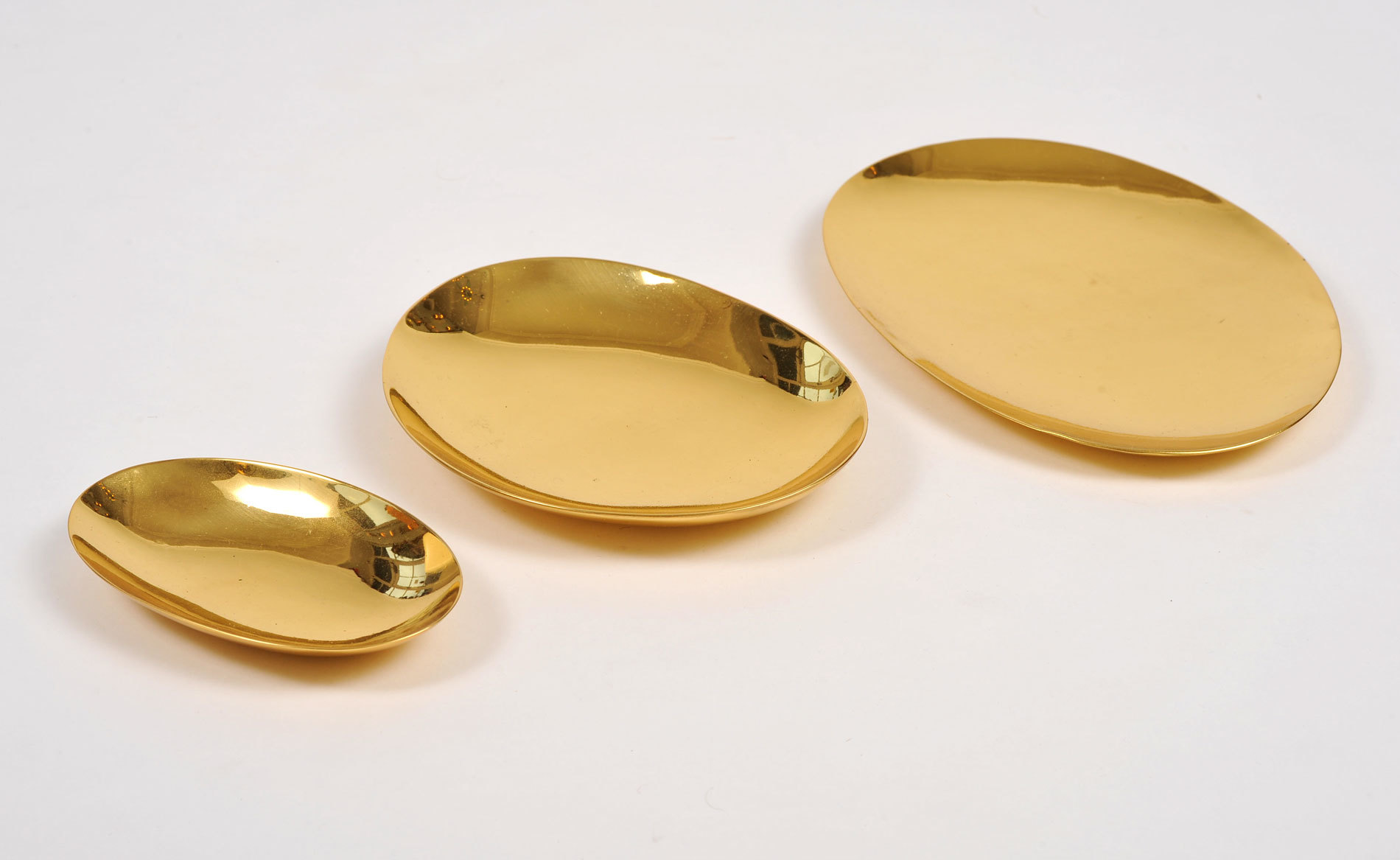 The image for Set Brass Bowls 05
