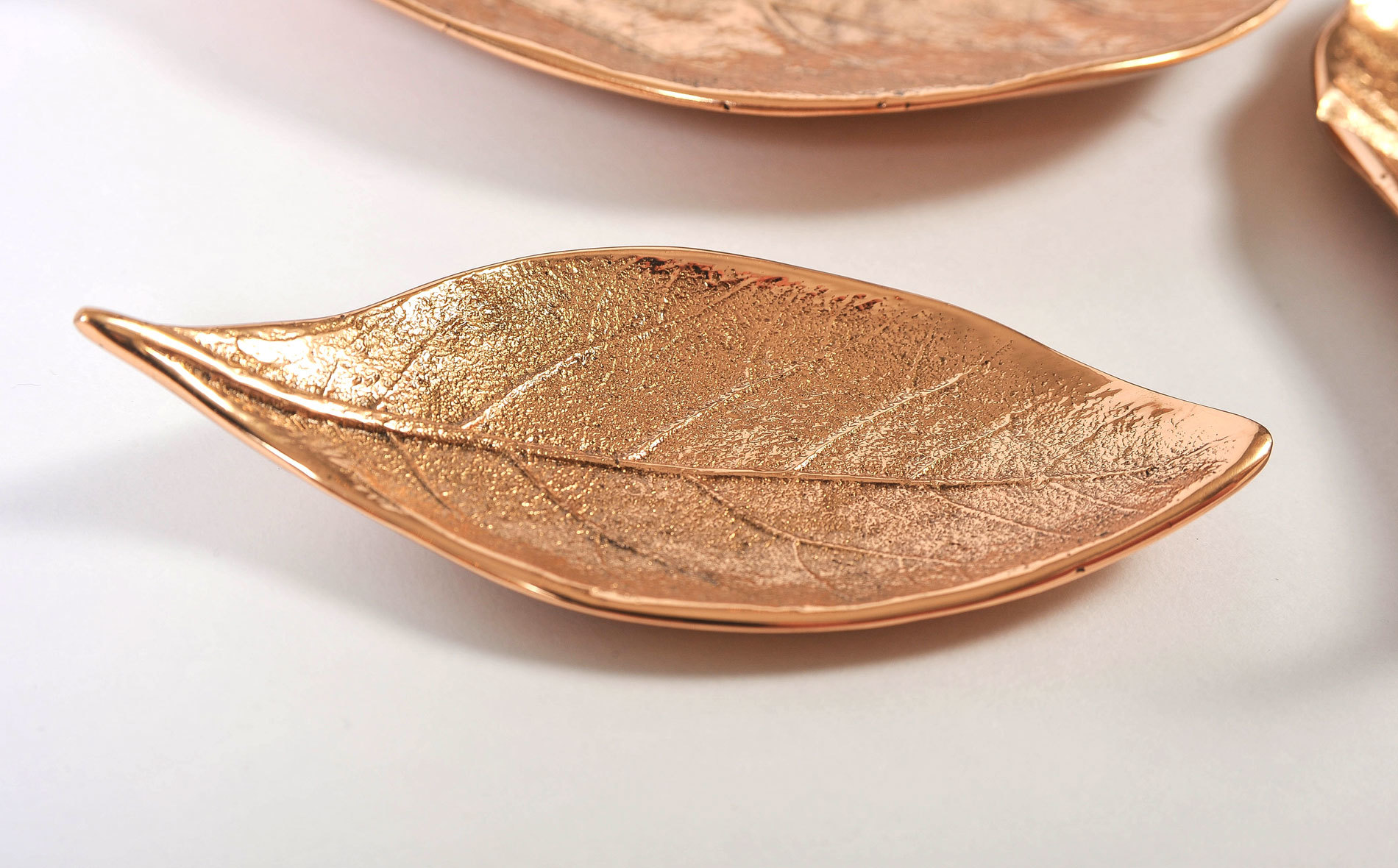 Set Of 3 Leaf Bowls 04