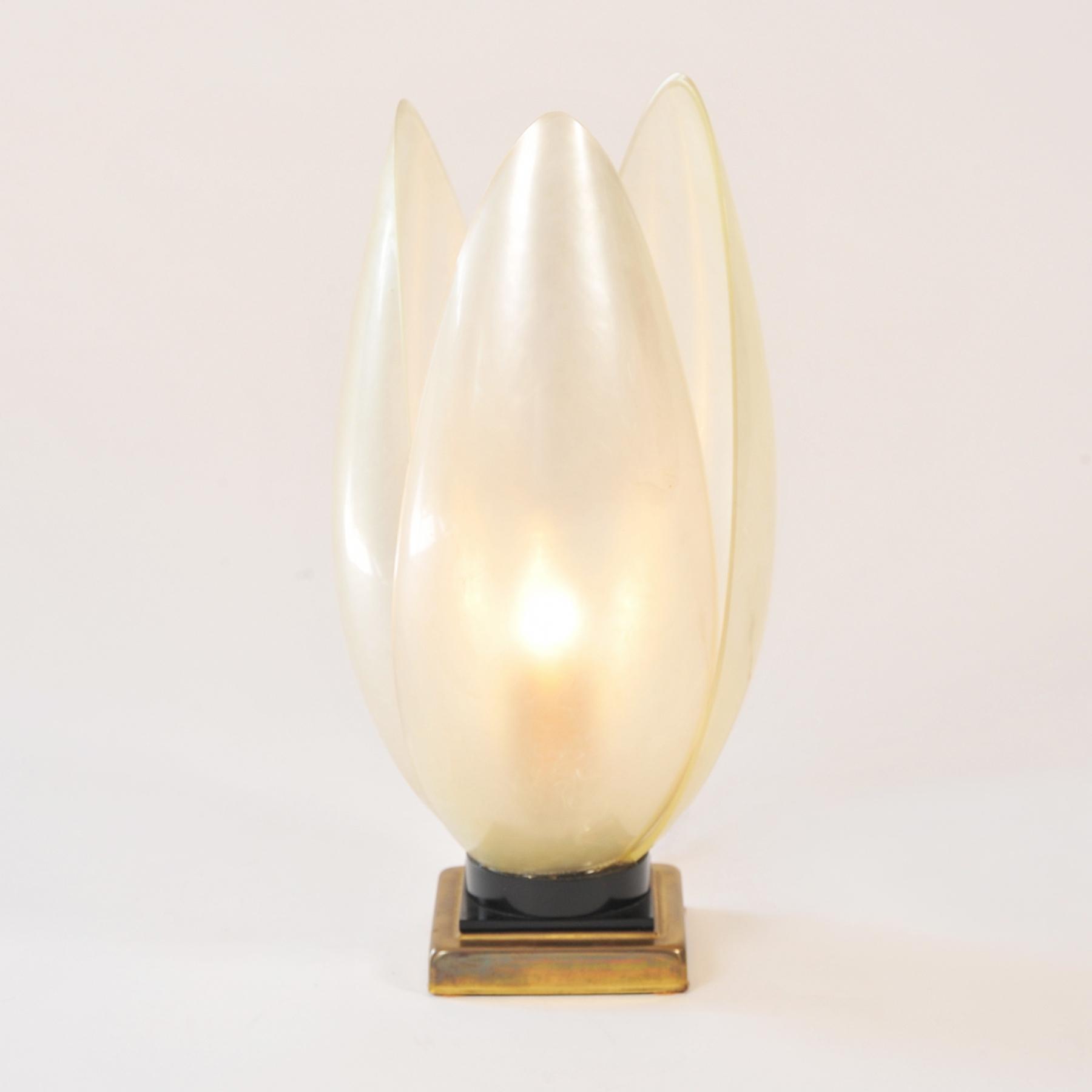 Single White Lotus Lamp 02